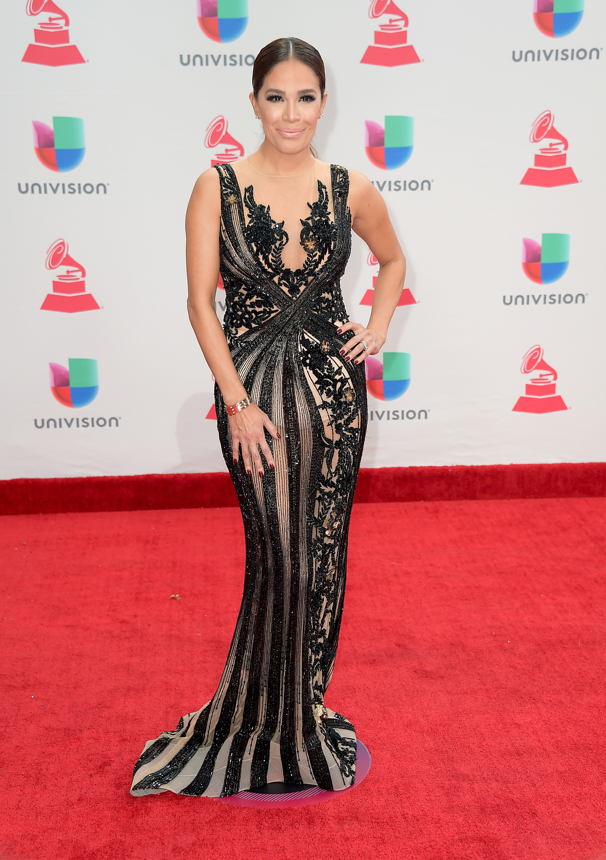 Karla Martinez, look, vestido, Latin Grammy