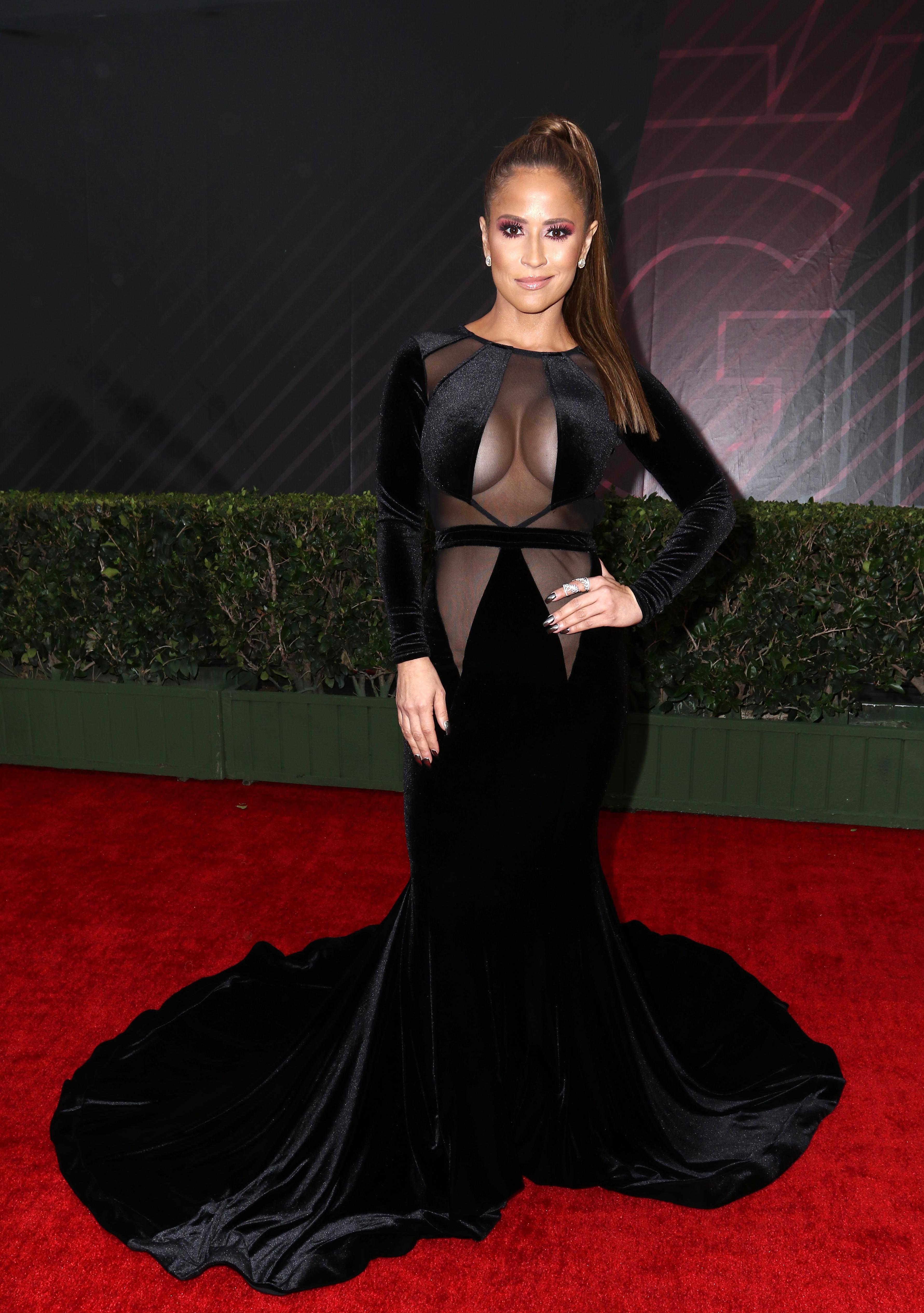 Jackie Guerrido, look, vestido, Latin Grammy
