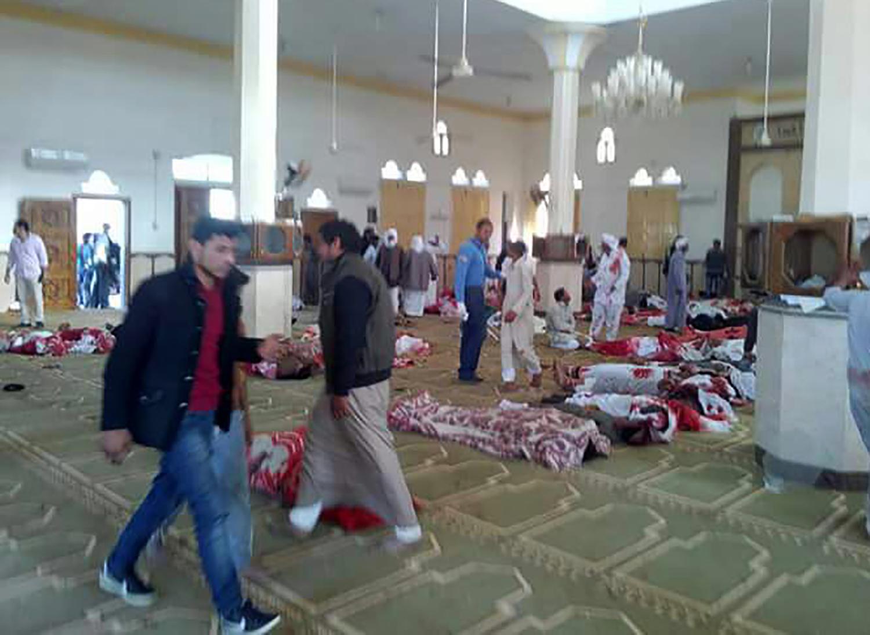 Ataque terrorista en mezquita de Egipto.