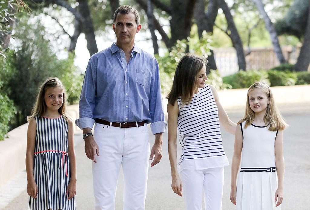 Spanish Royals Pose At Marivent Palace