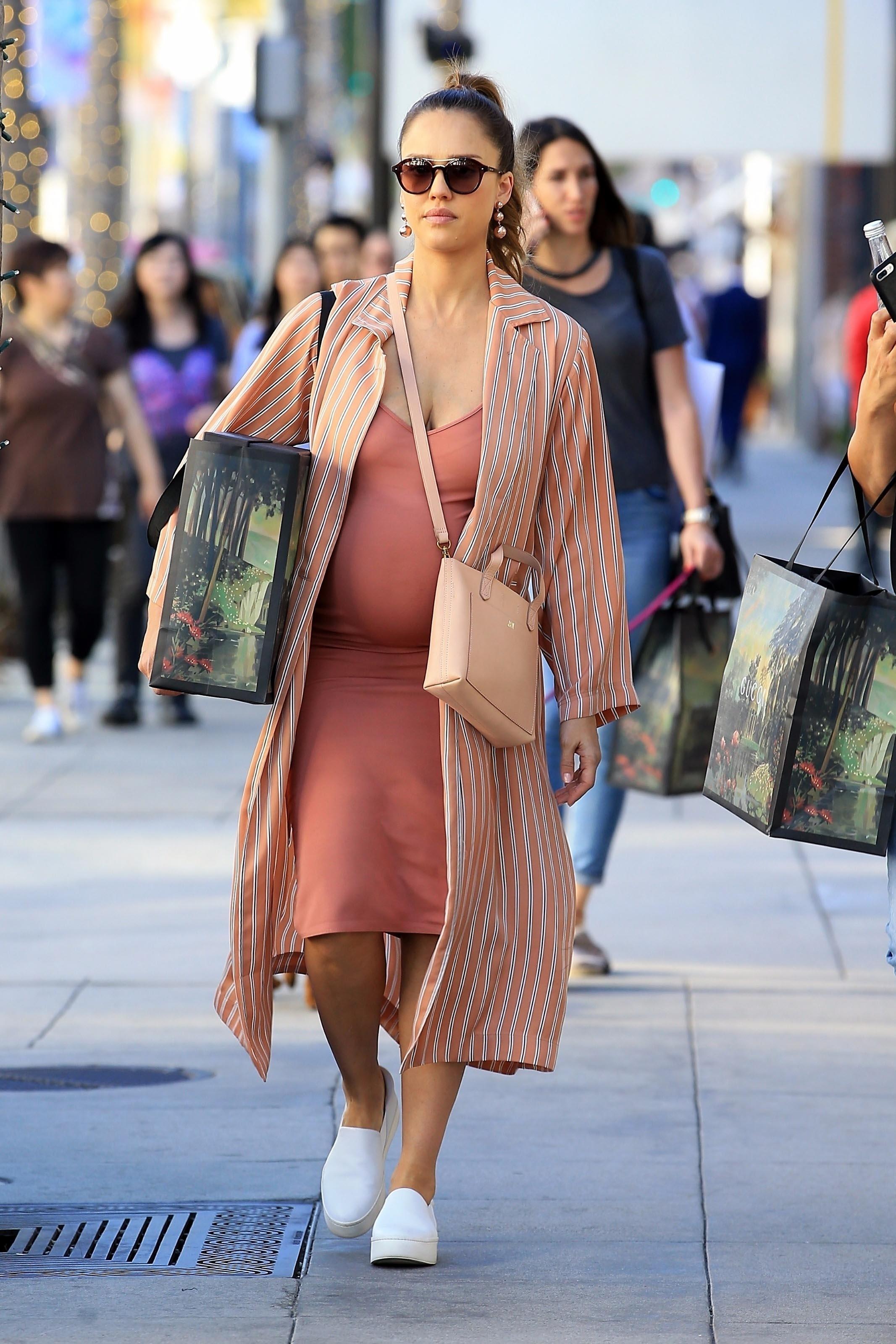 Jessica Alba, looks, estilo, style
