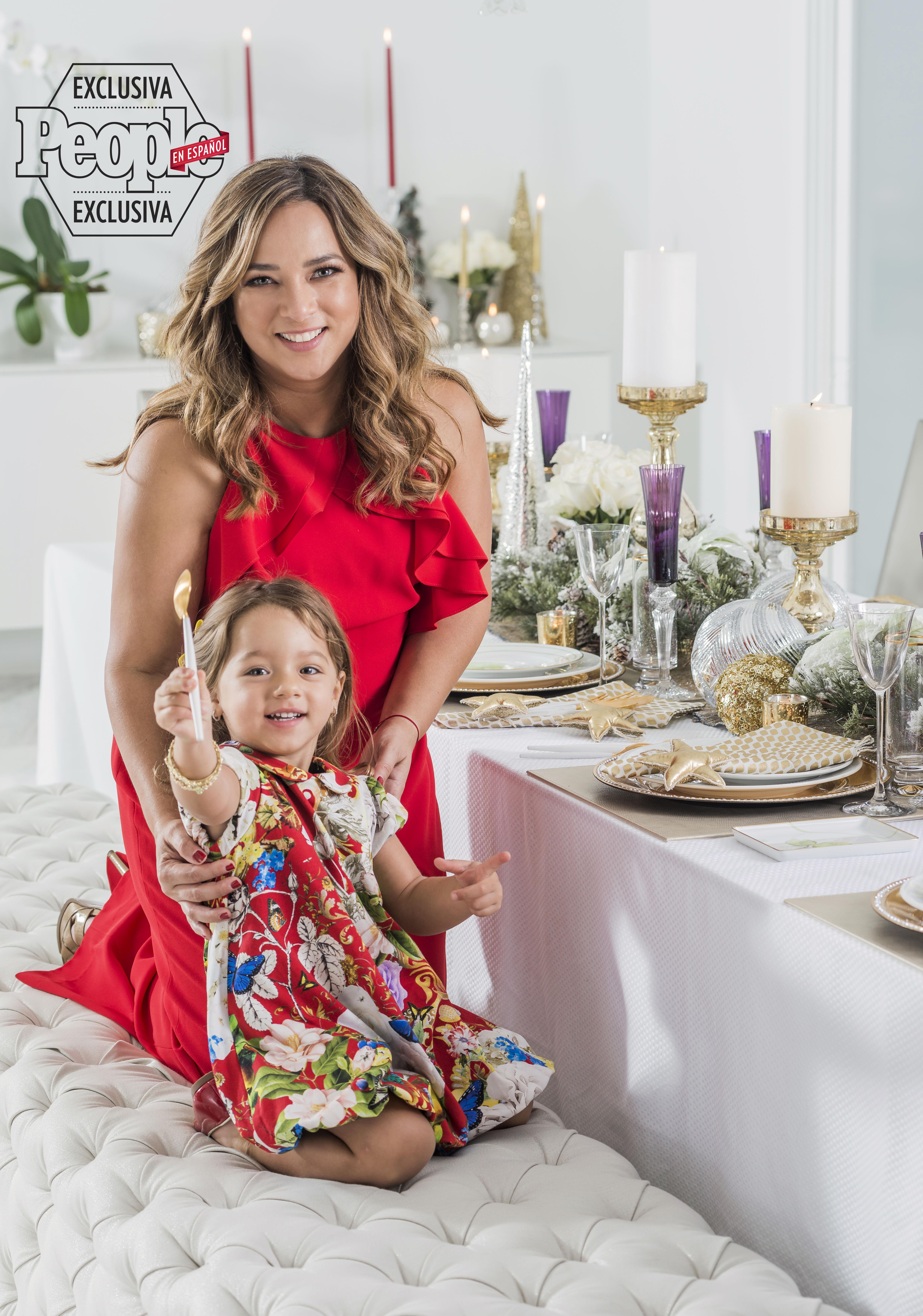 Adamari Lopez, Toni Costa y su hija Alaia