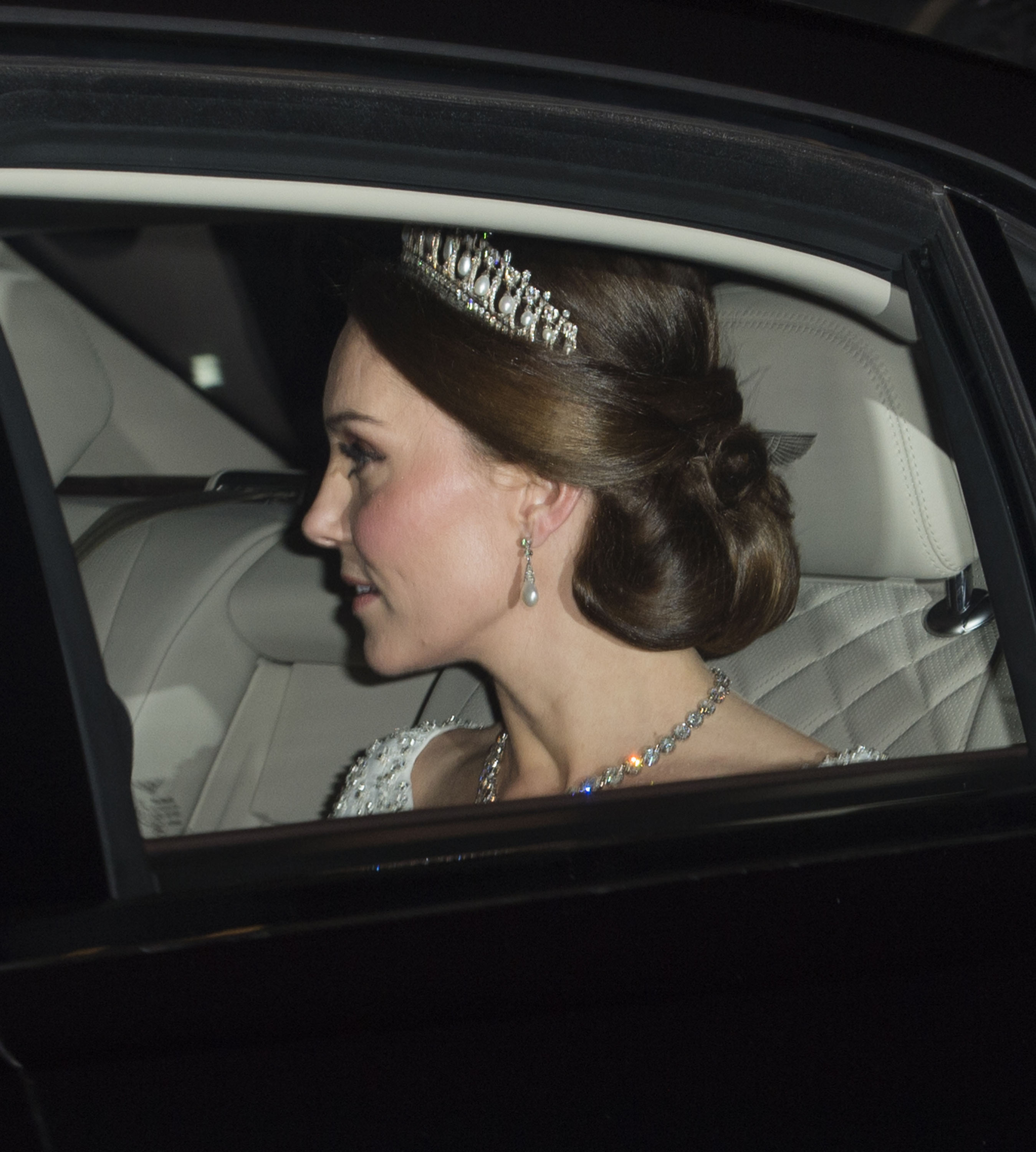 Kate Middleton, tiara, princesa diana, tiara, favorita