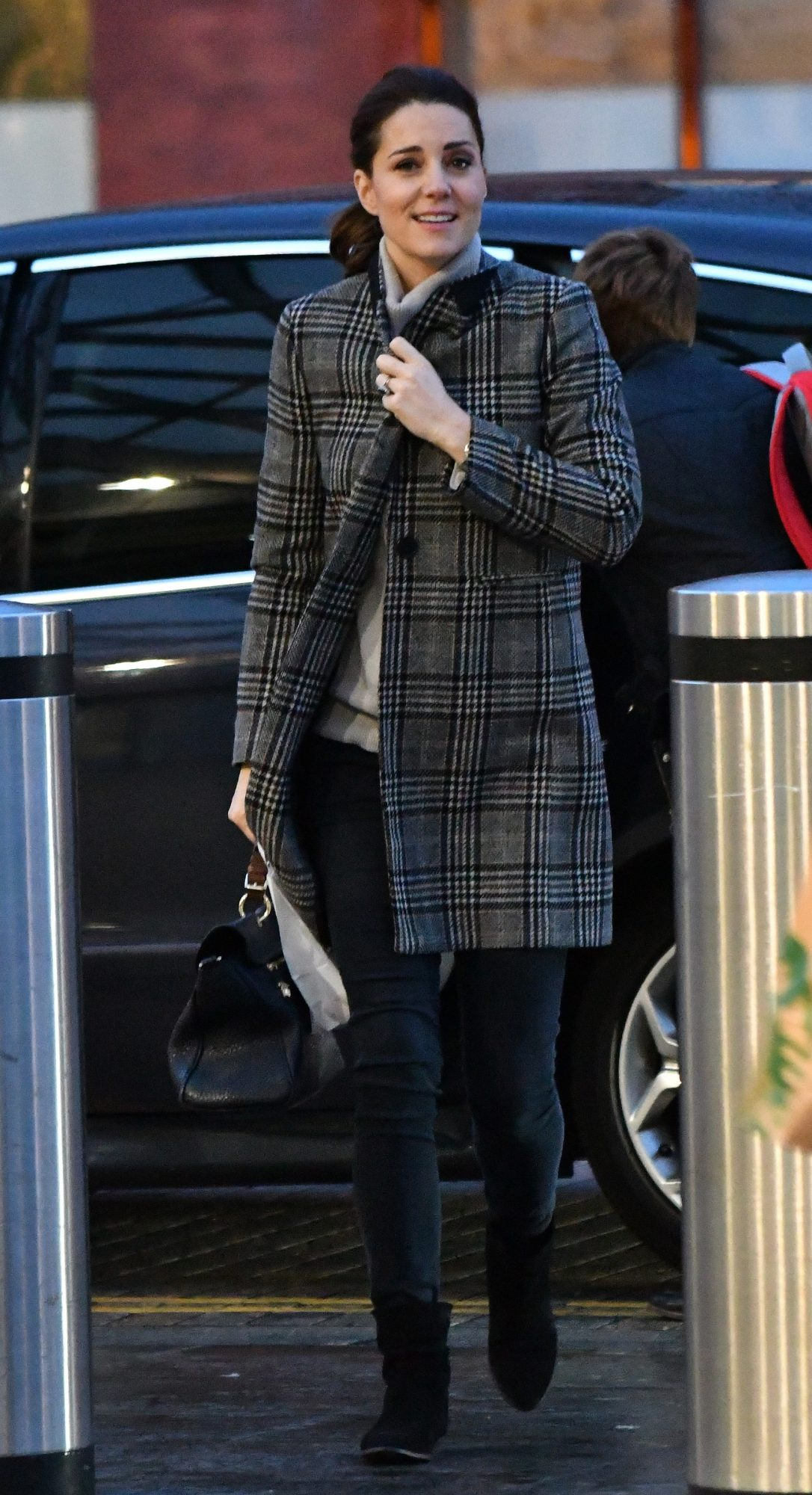Kate Middleton, abrigo, zara, gris, cuadros