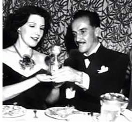 Gabriel Figueroa con Globo de Oro