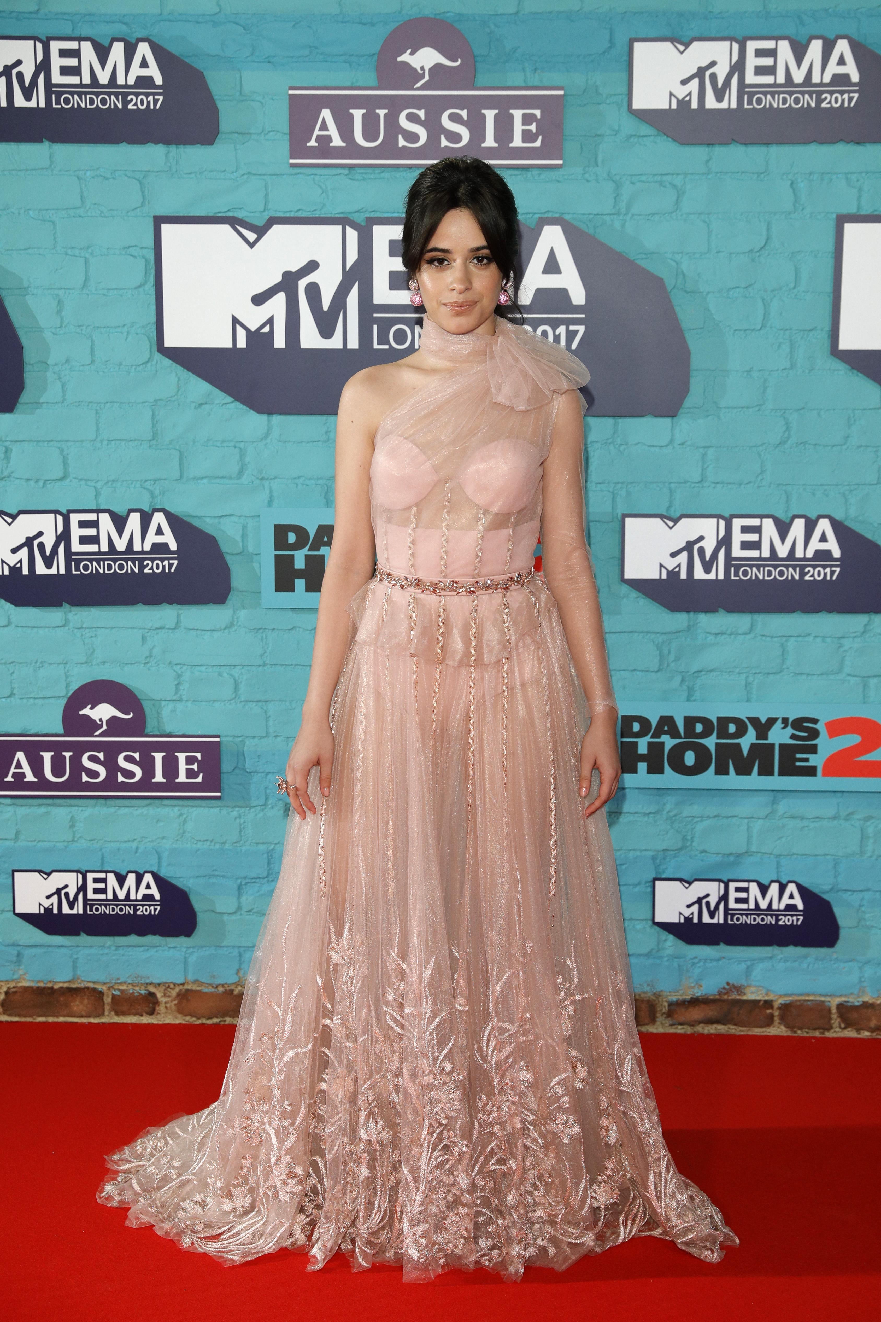 Camila Cabello, looks, estilo, style