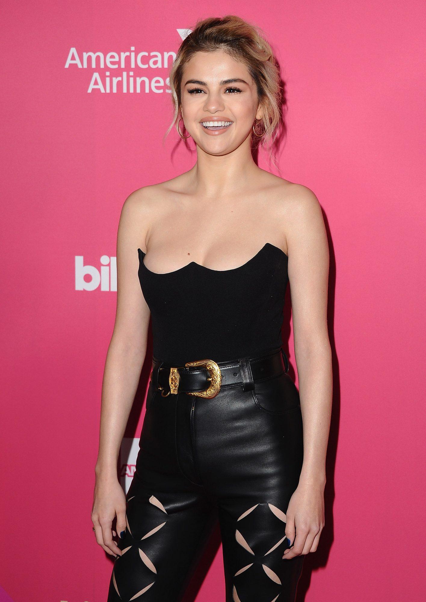 Selena Gomez, Billboard Women In Music 2017