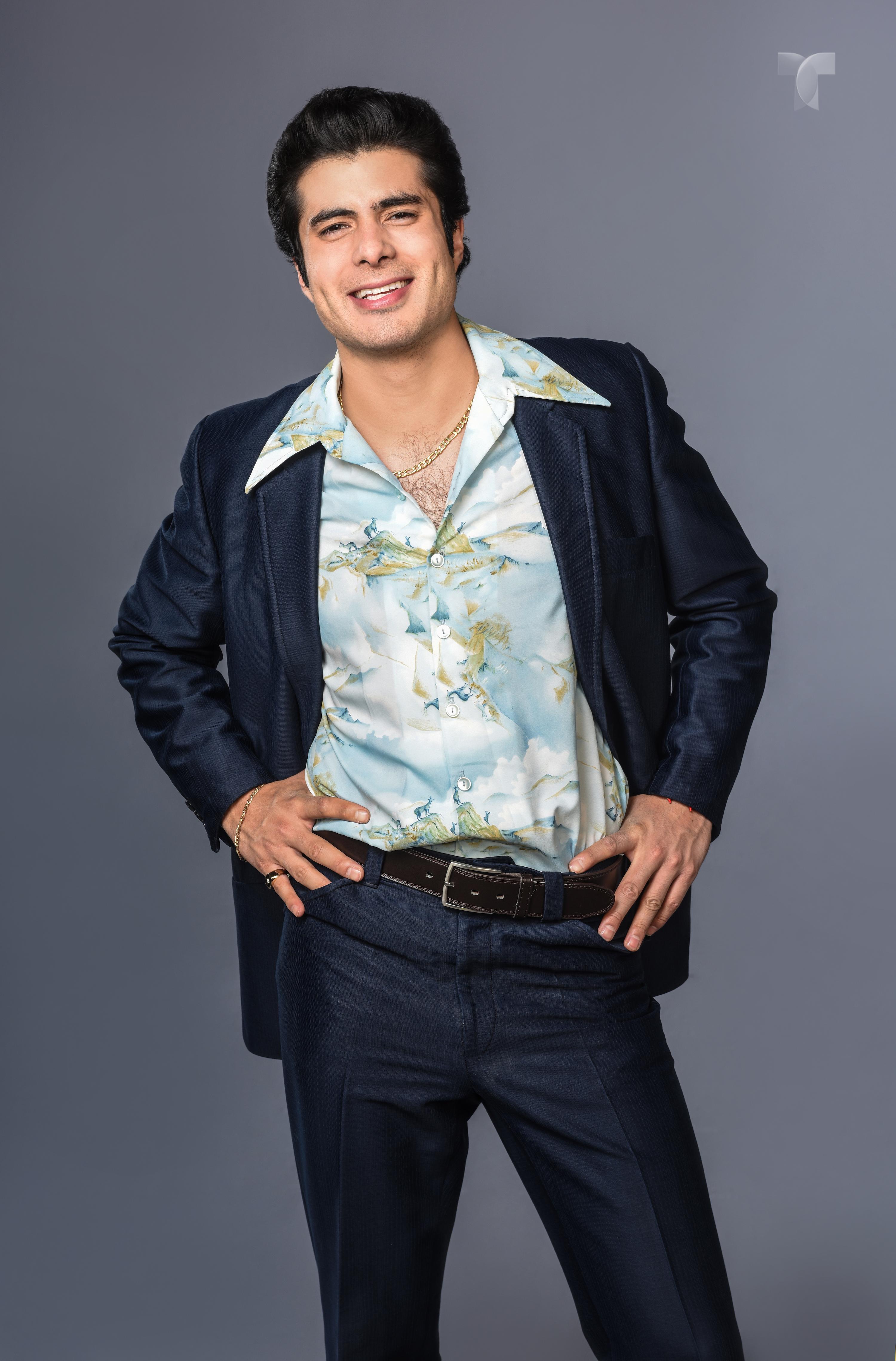 José Angel Bichir como Manuel Noreña Grass_Manolo_001 copy