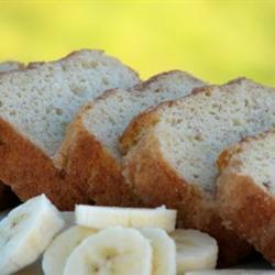 Panqué de plátanos con crema