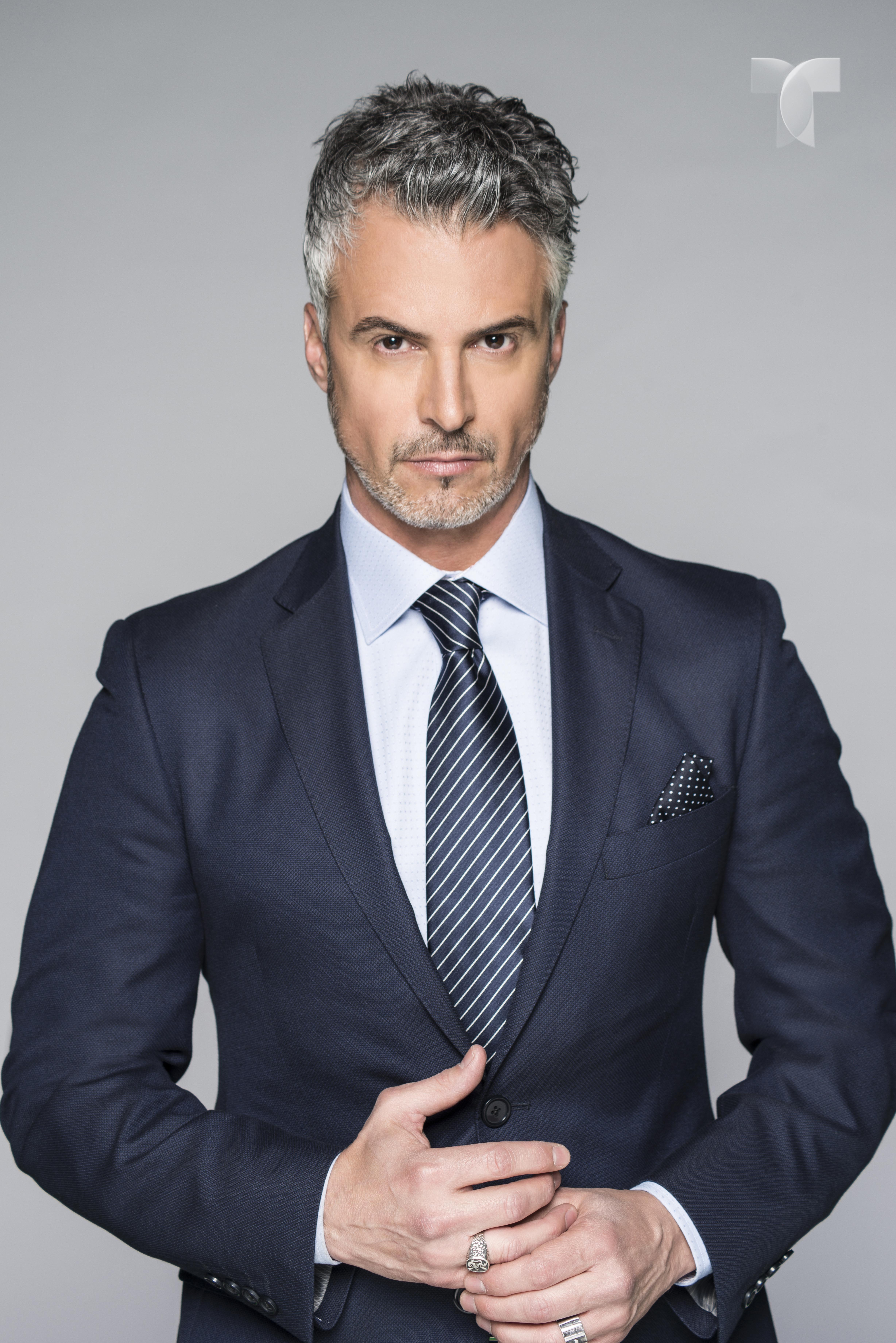 Diego Soldano como Federico Montalvo_002 copy