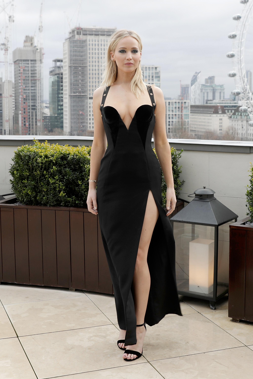 Jennifer Lawrence, vestido, versace