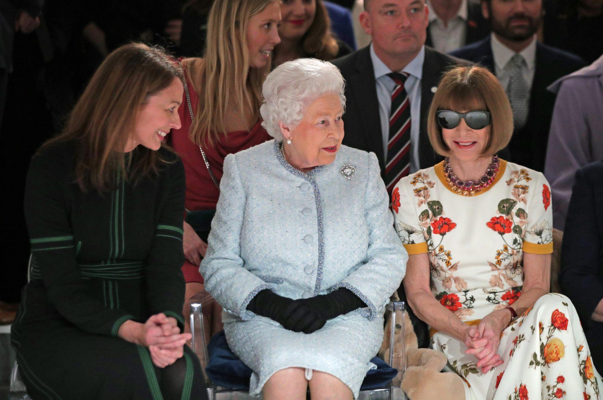 Reina Isabel, desfile, moda, show, londres, fashion week