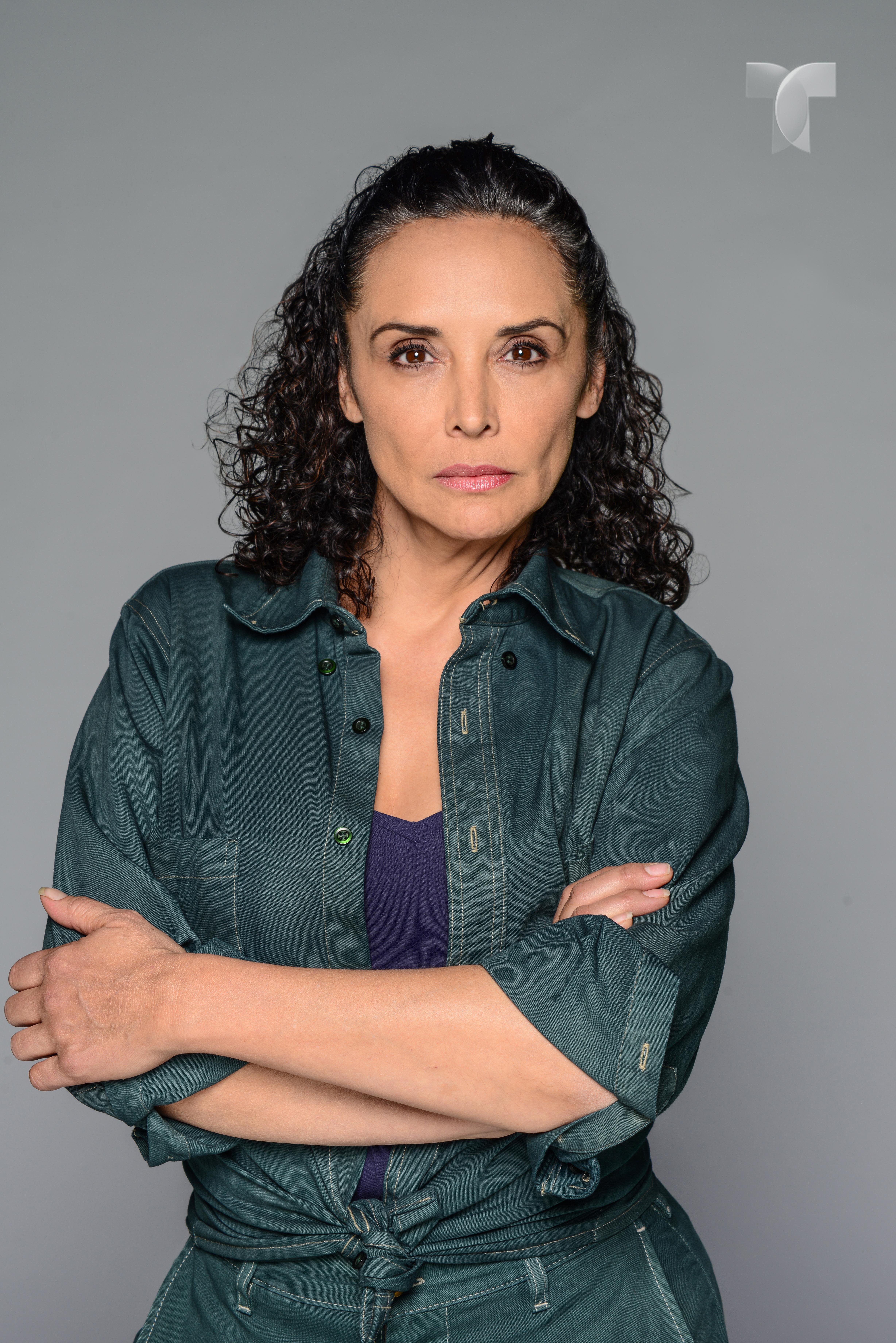 Mayra Rojas como Clarisa_001 copy