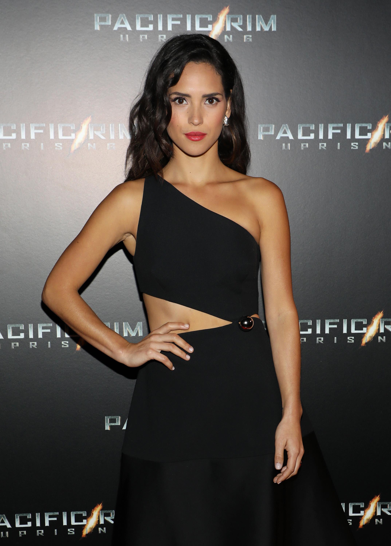 """Adria Arjona Hosts Special Screening Of """"Pacific Rim Uprising"""" In Miami"""