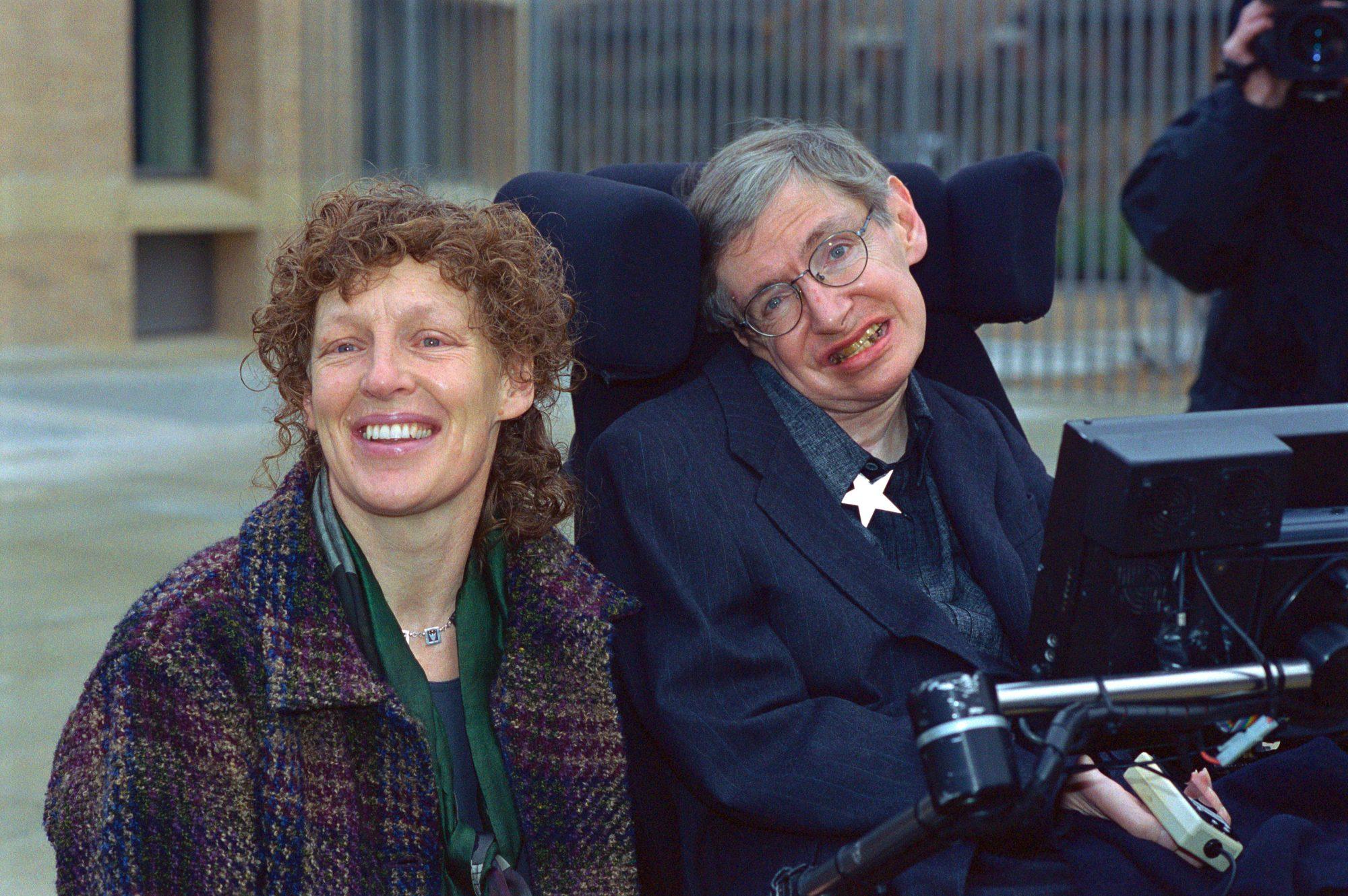Elaine Mason y Stephen Hawking