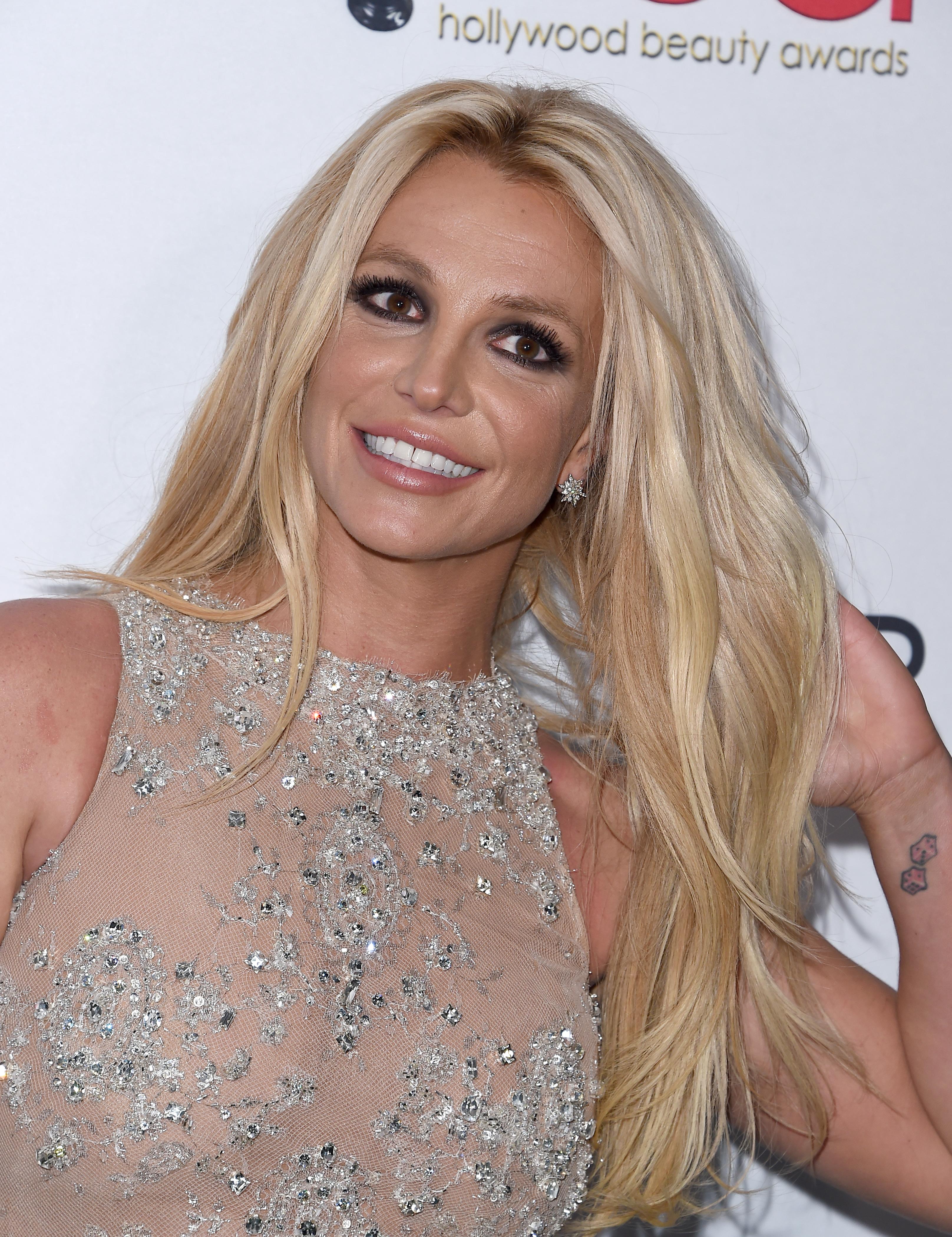 Britney Spears, moda, kenzo