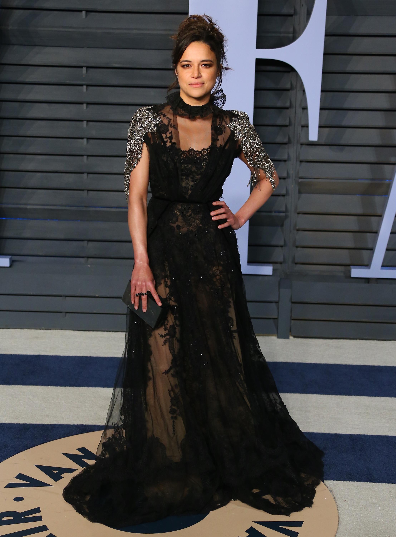 Michelle Rodriguez, los oscar, vestido, after party, vanity fair