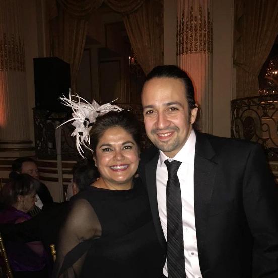 Lisa Quiroz y Lin-Manuel Miranda