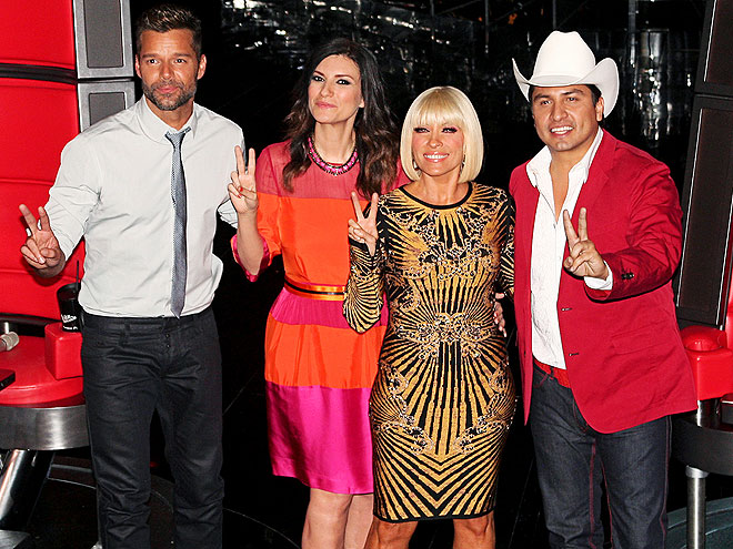 Ricky Martin, Laura Pausini, Yuri, Julión Alvárez, Míralos