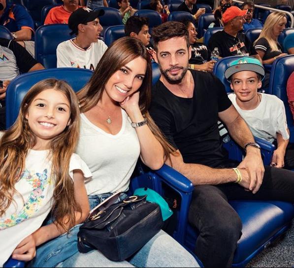 Elizabeth Gutiérrez, William Levy y sus hijos