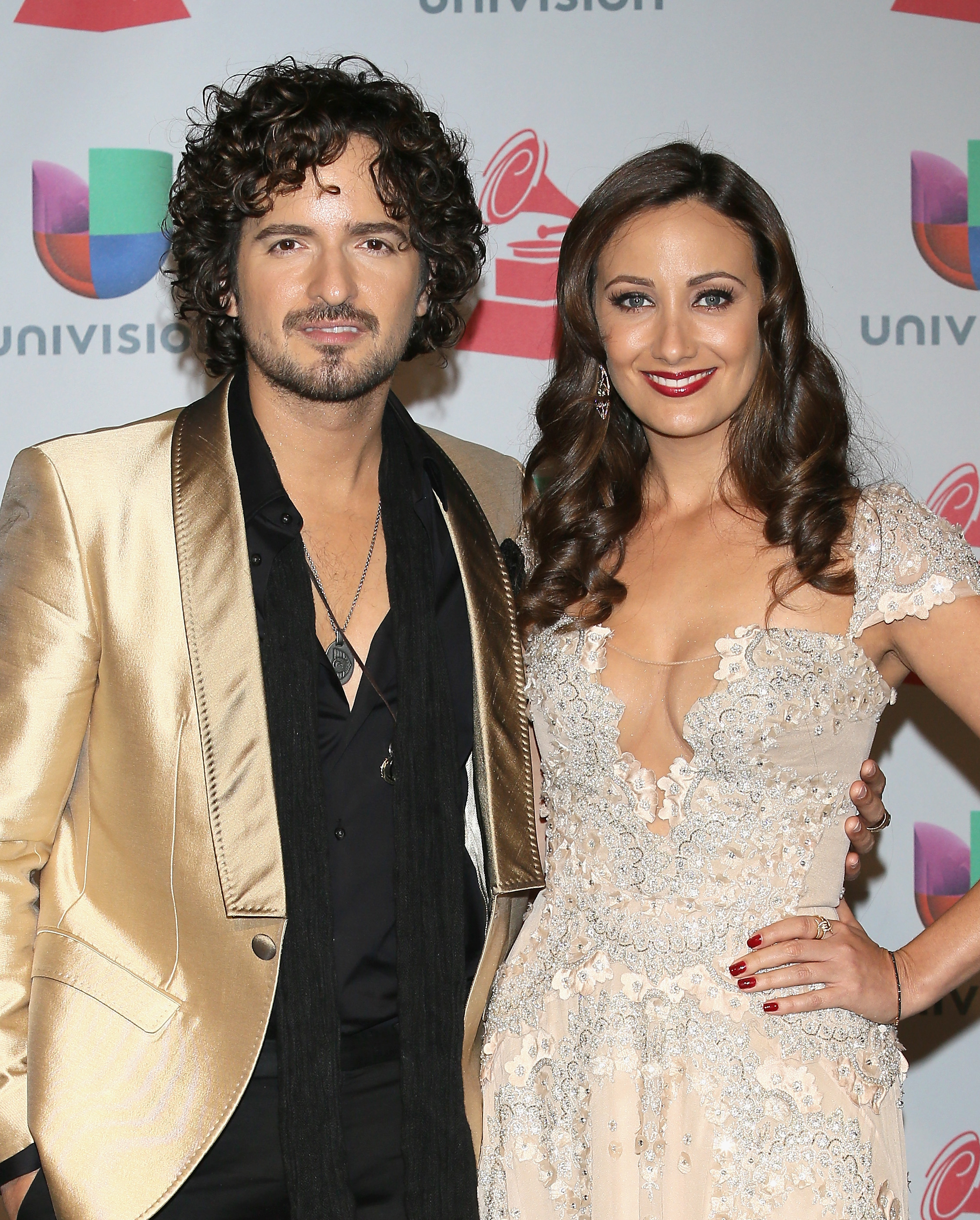 Tommy Torres y Karla Monroig
