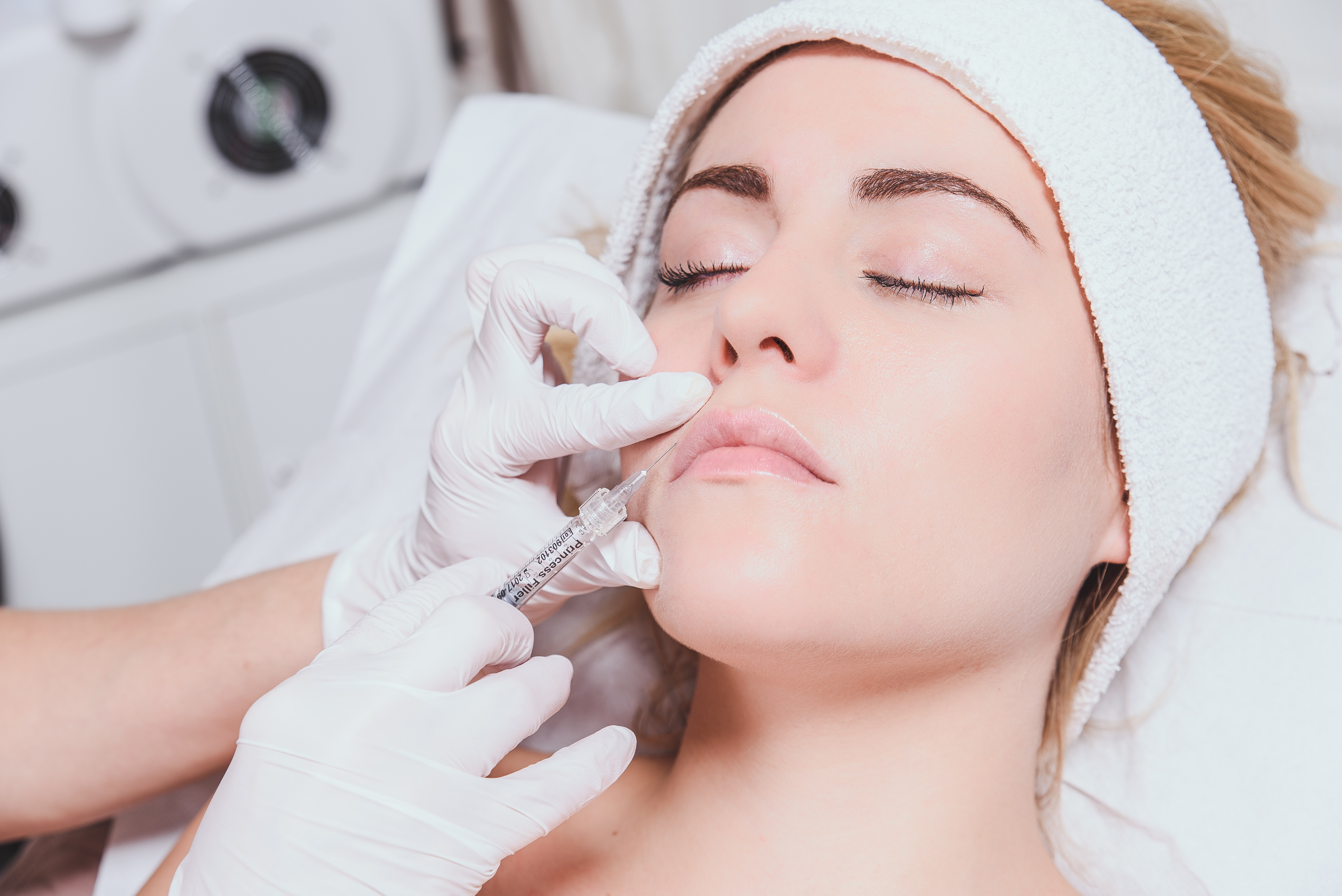 Cropped Image Of Surgeon Doing Anti Aging Therapy