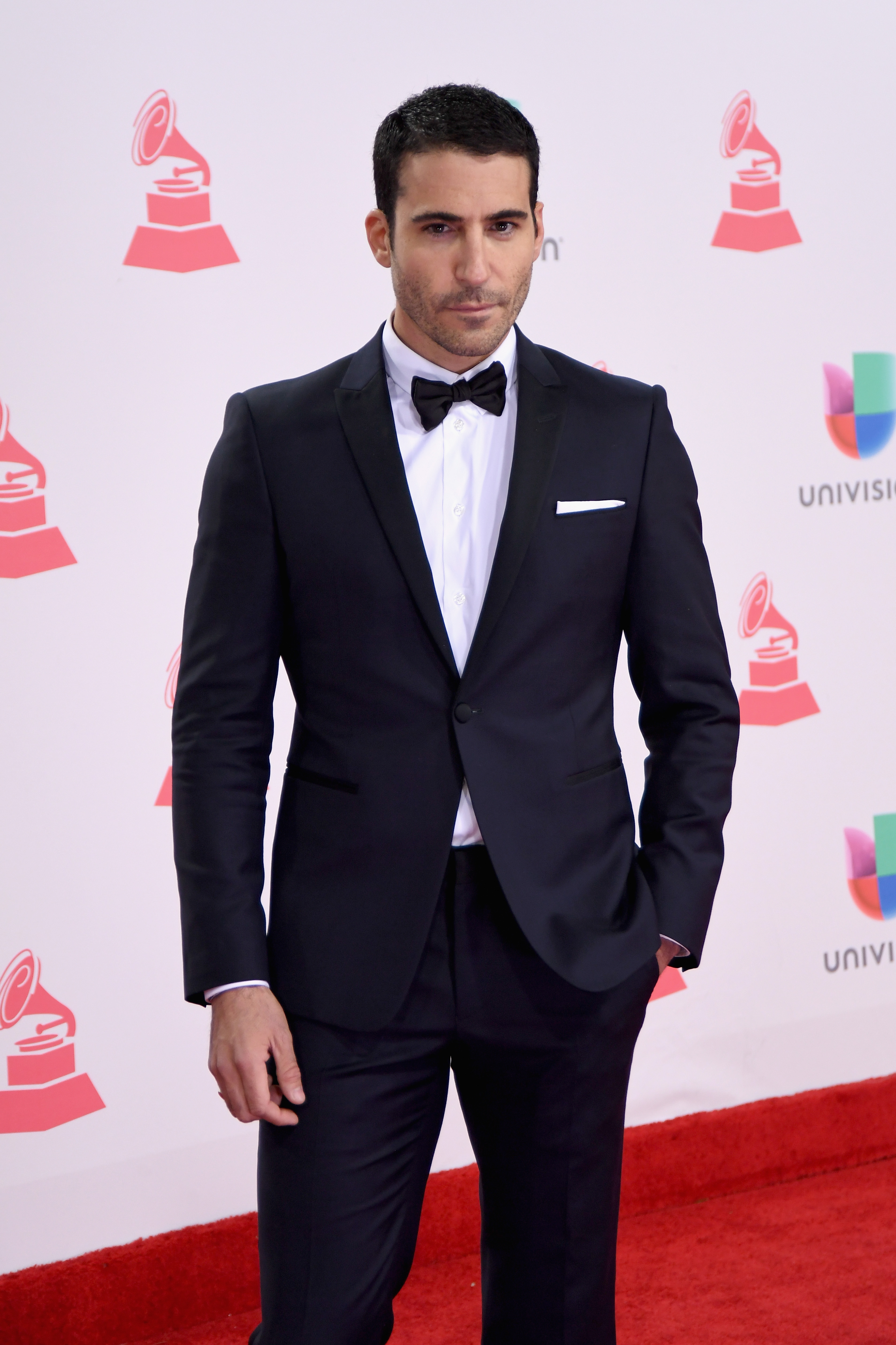 Miguel Angel Silvestre latin grammy