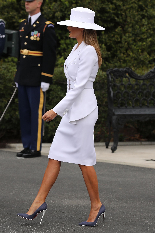 Melania Trump, look, sombrero, casa blanca