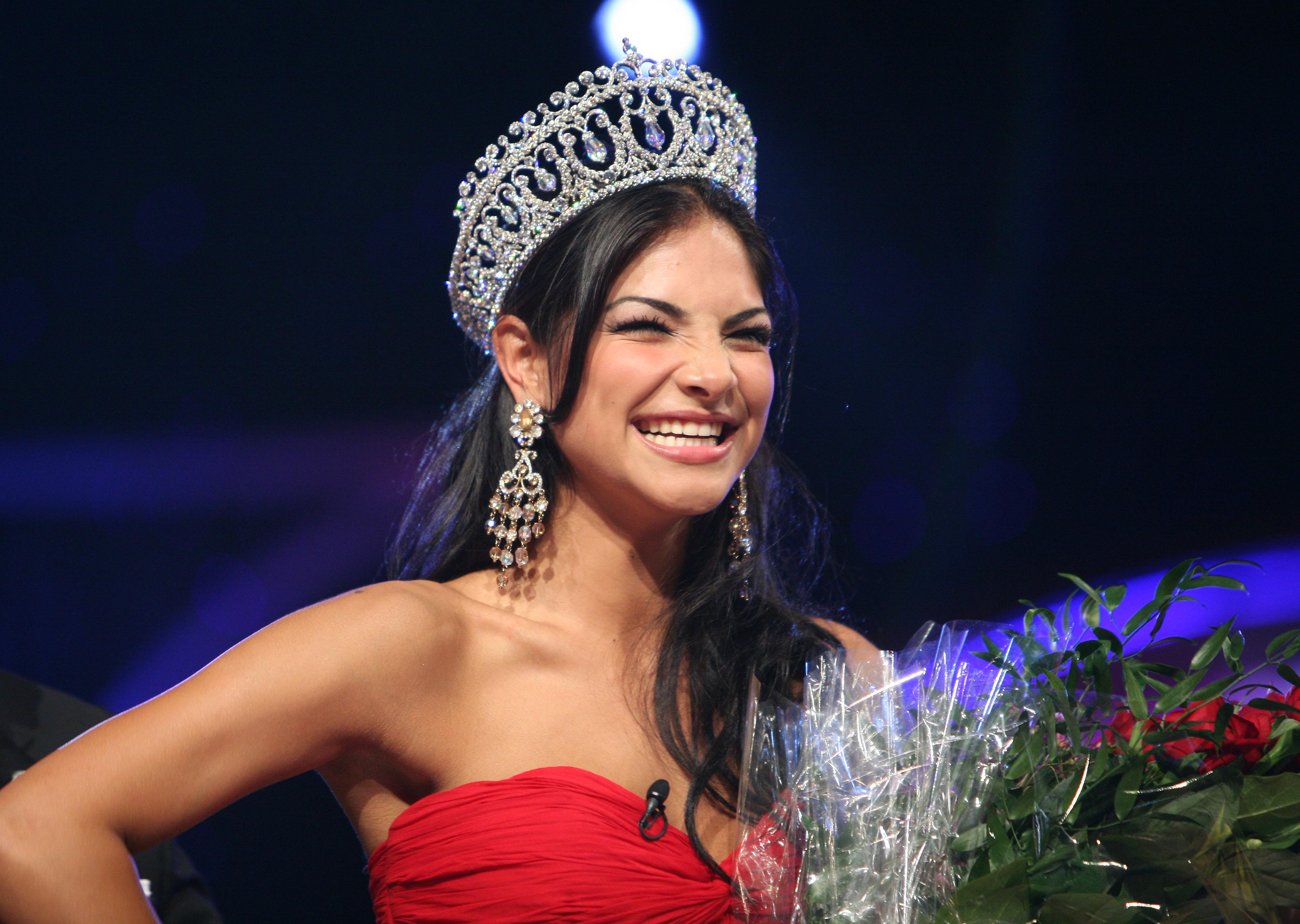 Alejandra Espinoza nuestra belleza latina