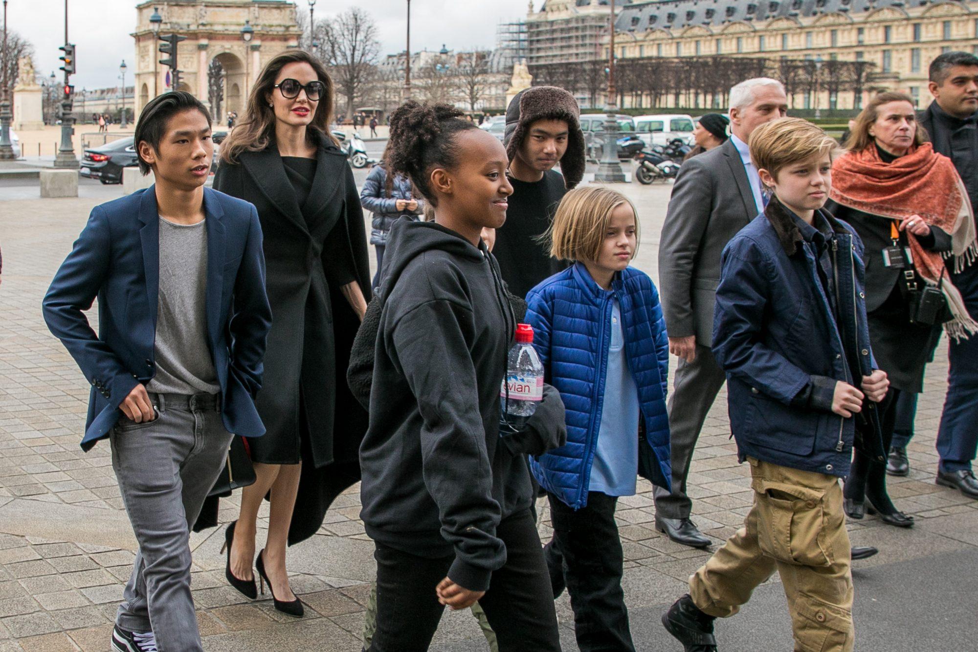 Angelina Jolie, Maddox Jolie-Pitt, Shiloh Jolie-Pitt