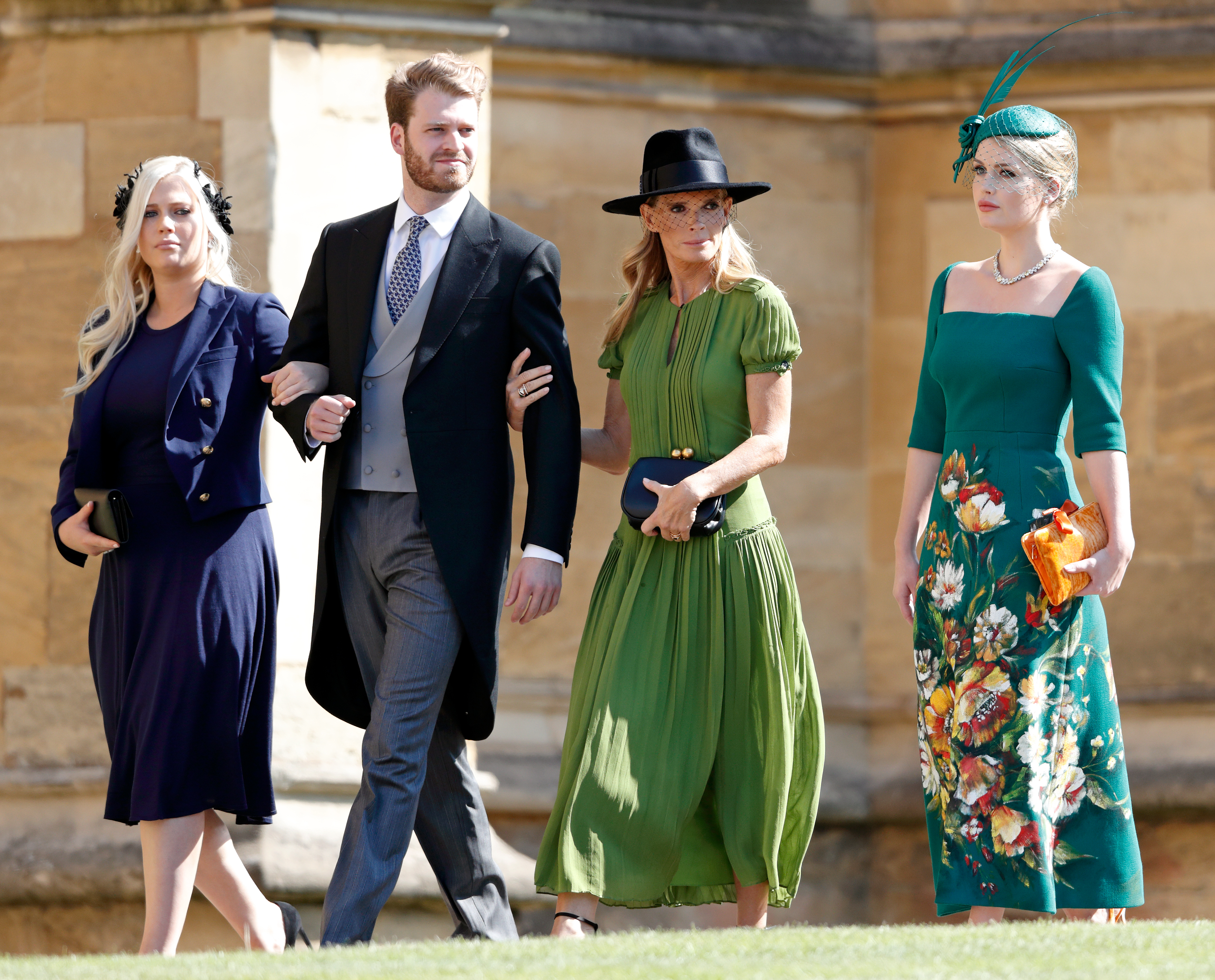 Lady Eliza Spencer, Louis Spencer, Viscount Althorp, Victoria Aitken y Lady Kitty Spencer.