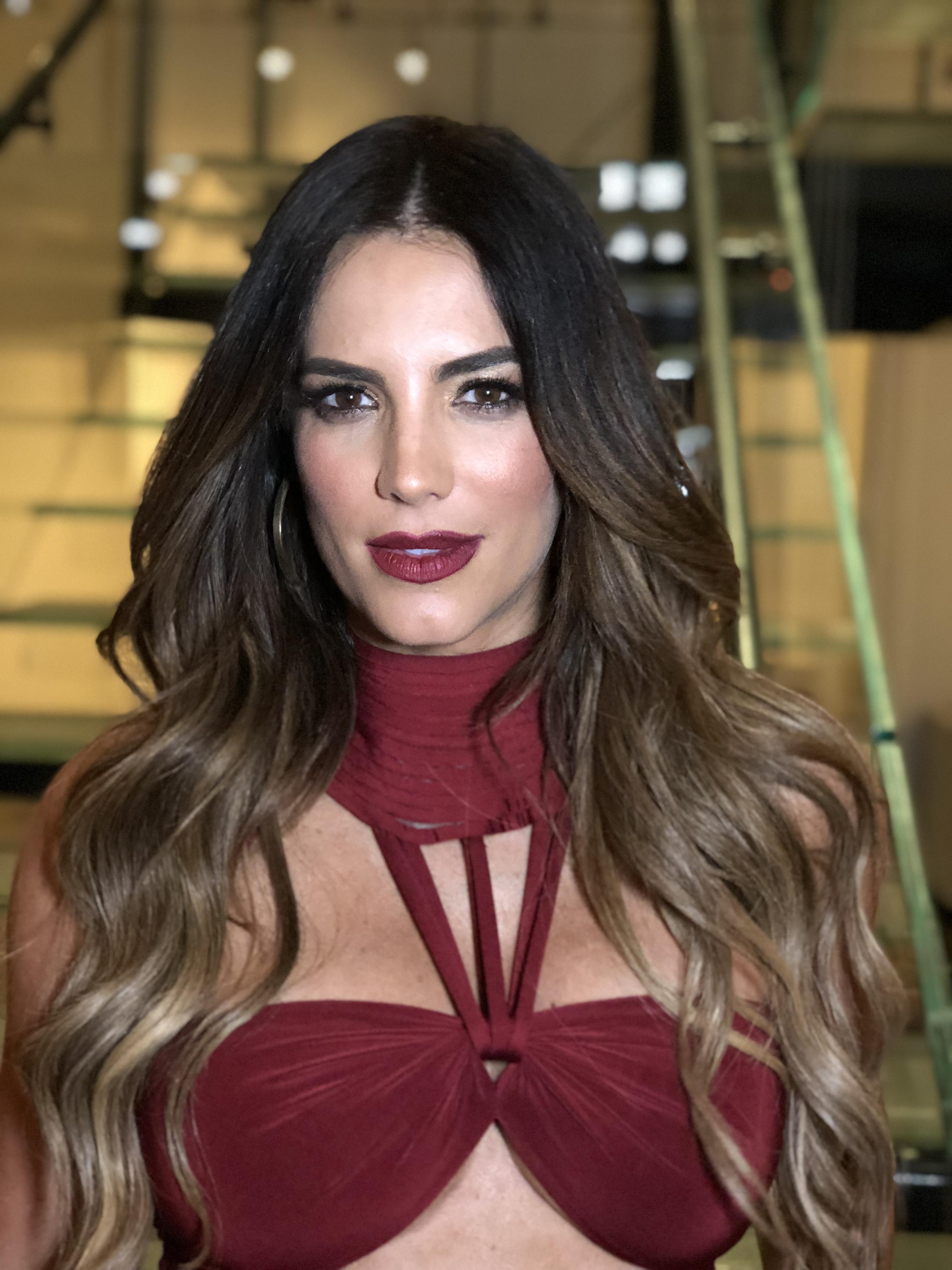 People en español, belleza, looks, famosas,