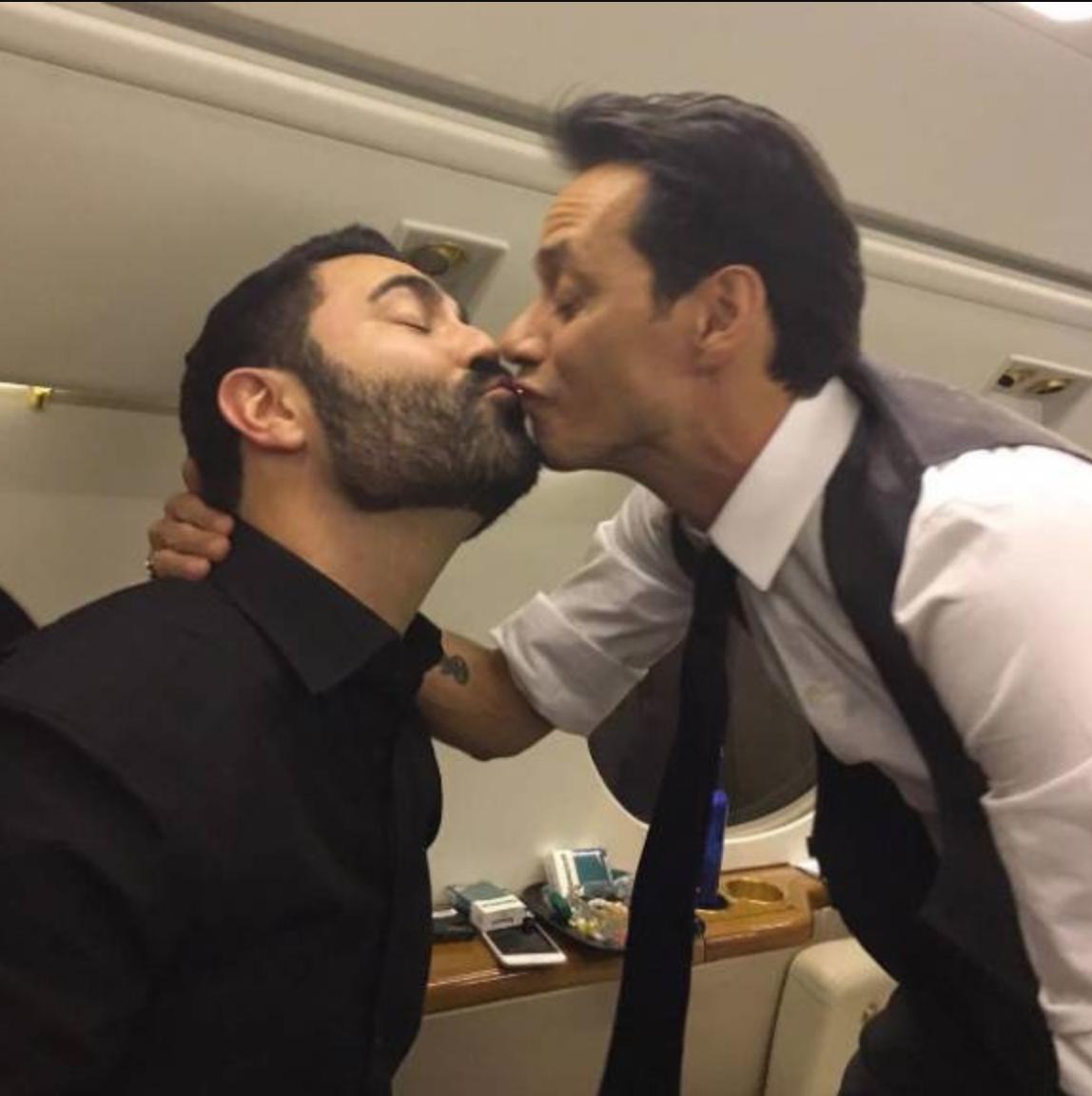 besos celebs mismo sexo