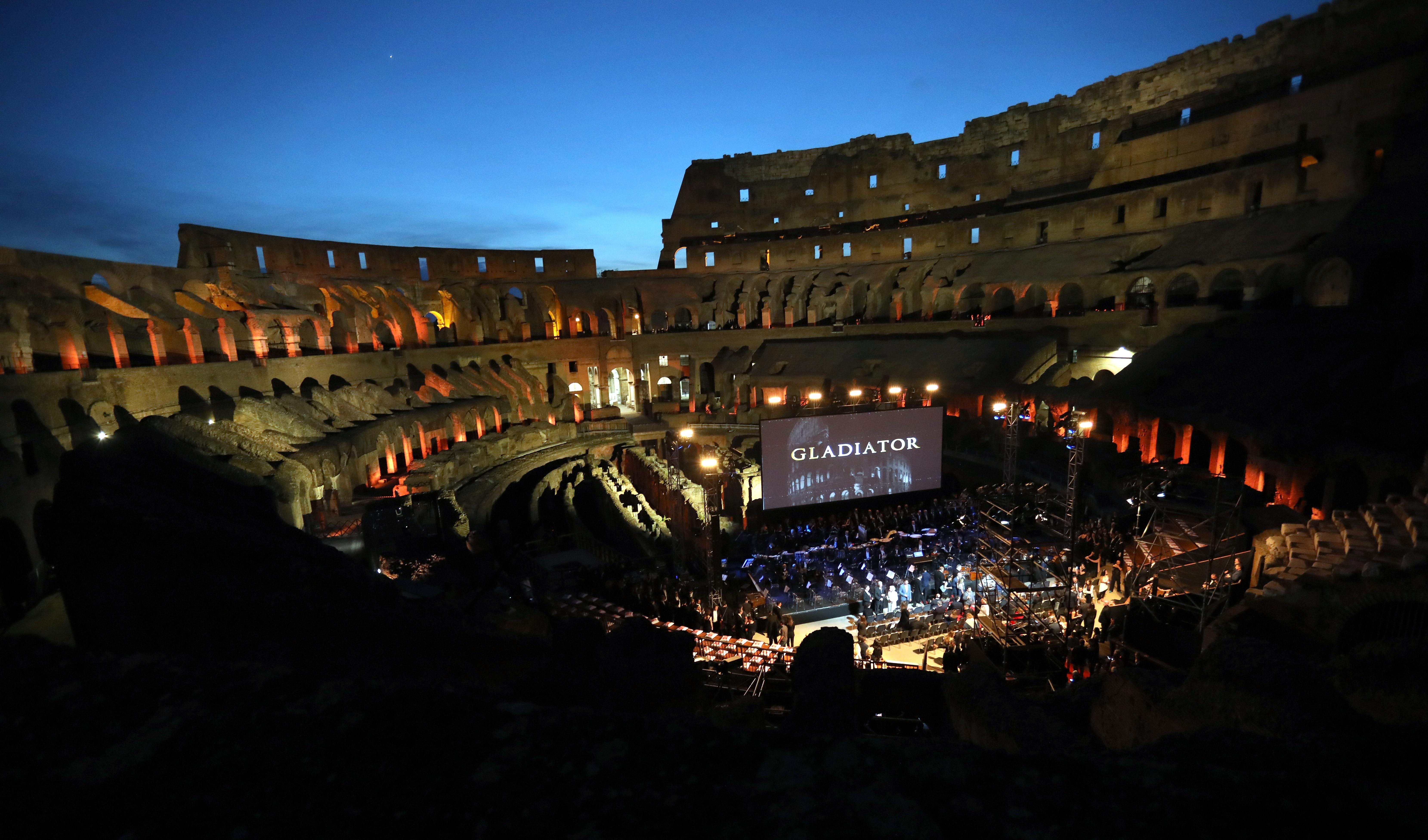 Il Gladiatore In Concerto (Gladiator The Concert) - Charity Night At Colosseum In Rome