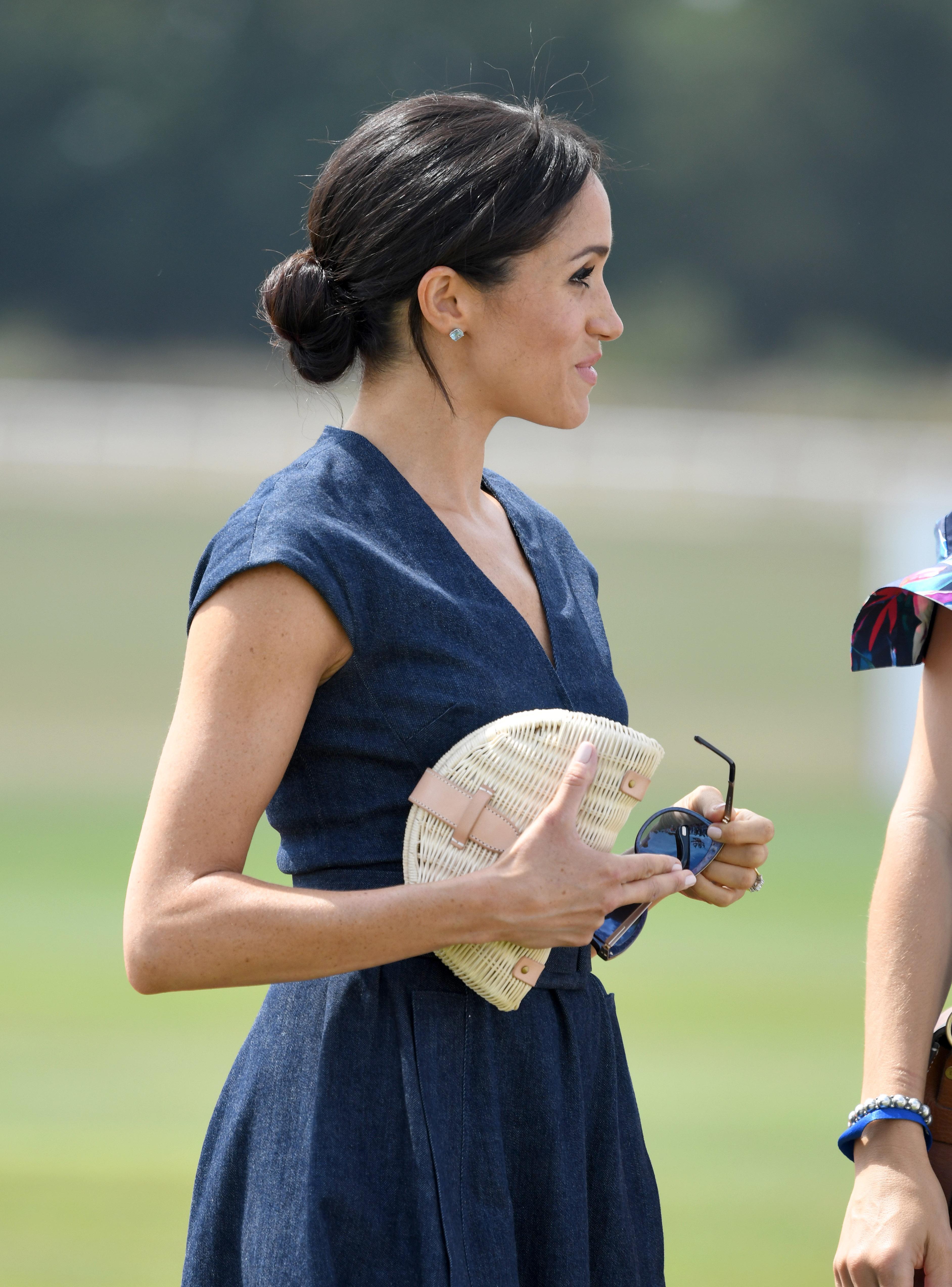 Meghan Markle, looks, polo match, bolso, j crew