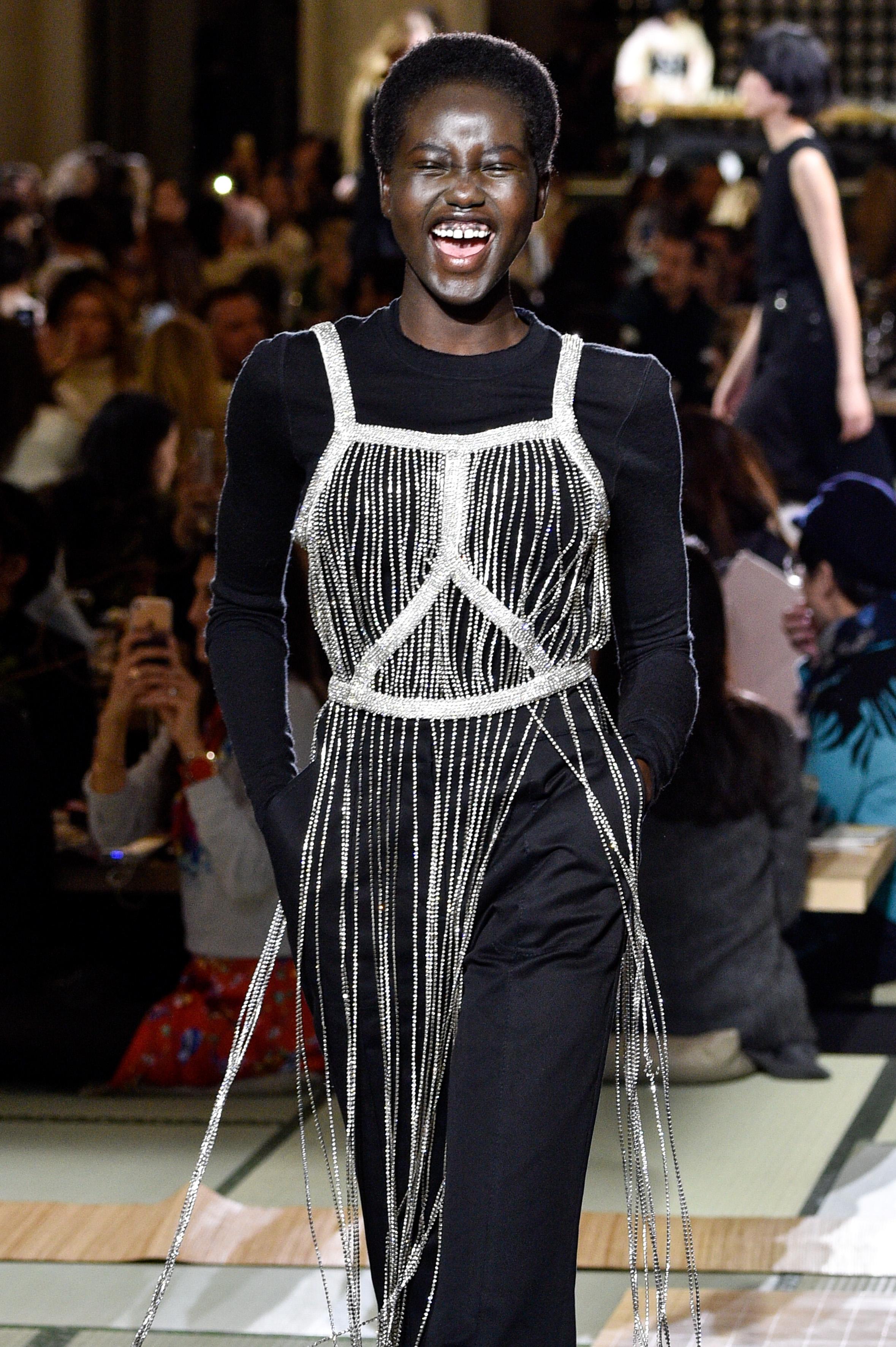 Adut Akech, modelo, Chanel
