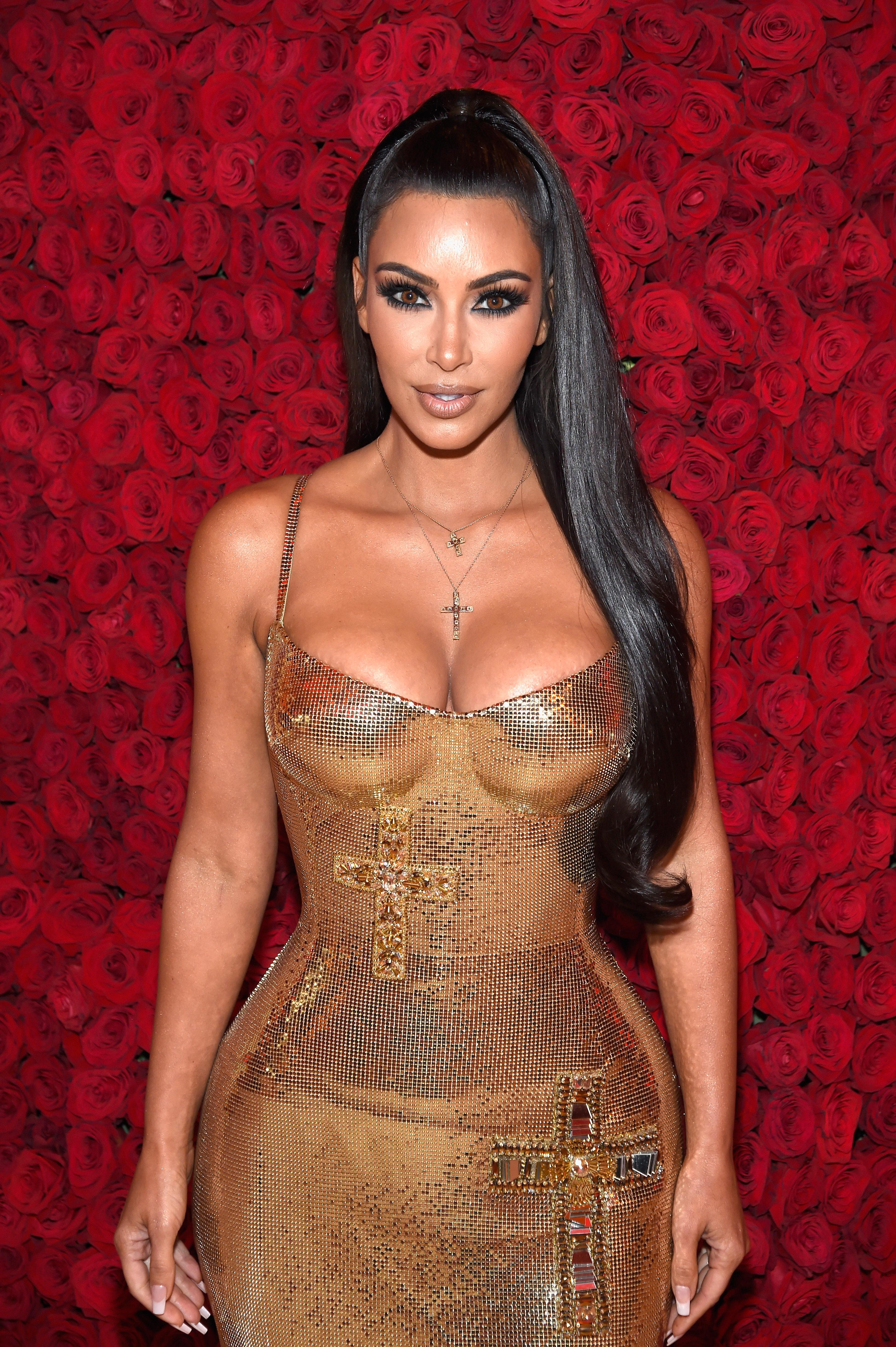 pelo, liso, lacio, Kim Kardashian,