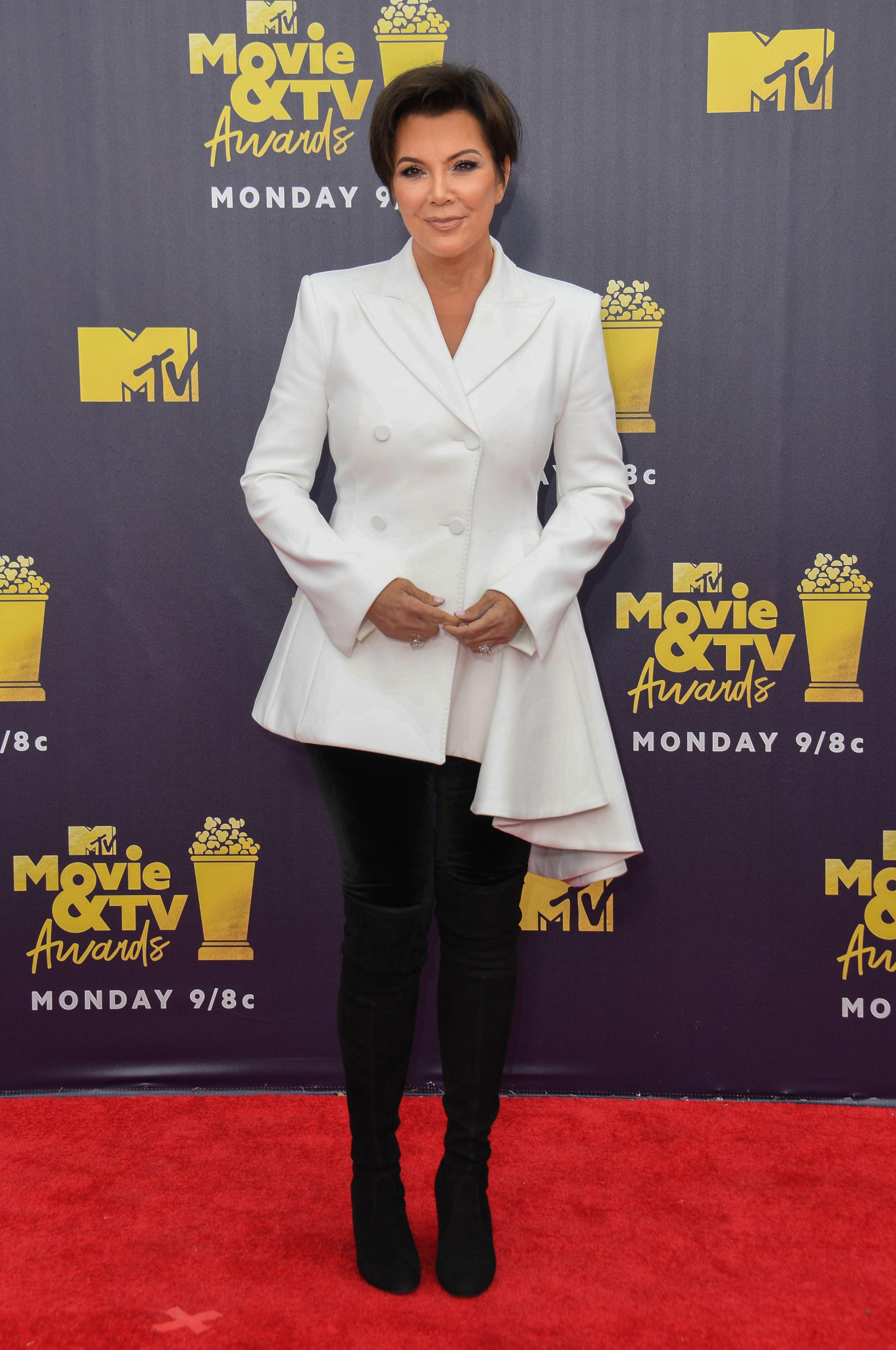 mtv movie awards, alfombra roja, famosas,