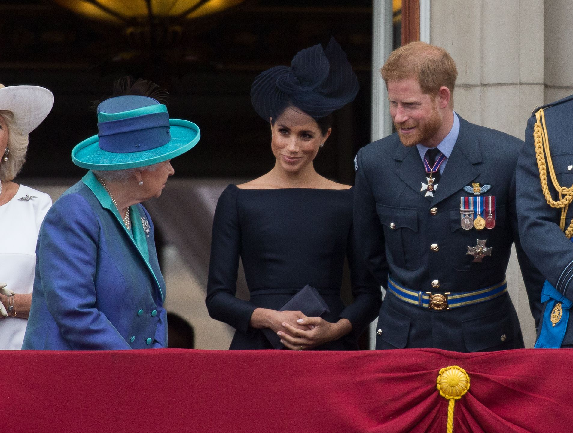 Meghan Markle reina Isabel II príncipe Harry
