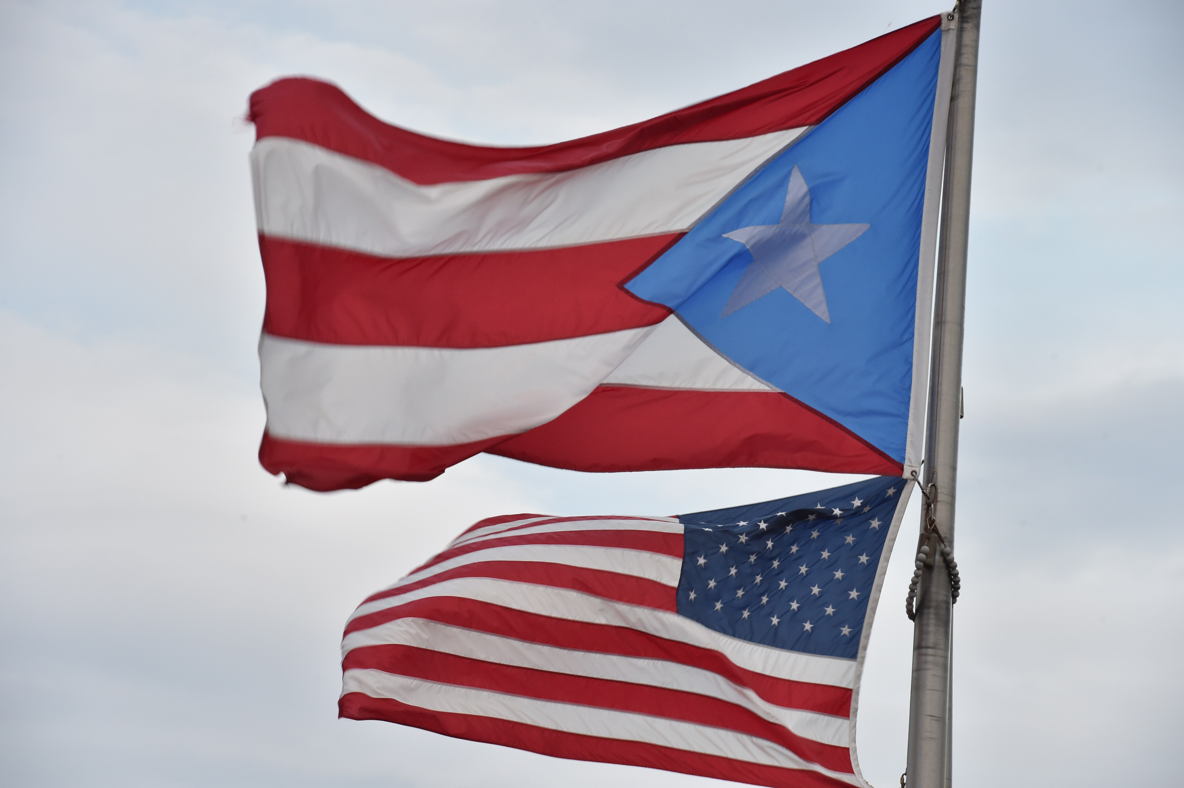 PUERTO RICO-US-FLAGS