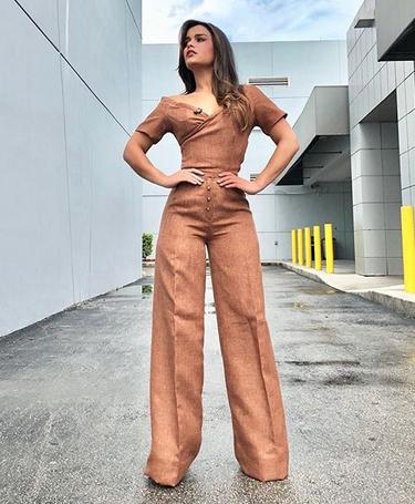 Clarissa Molina, looks