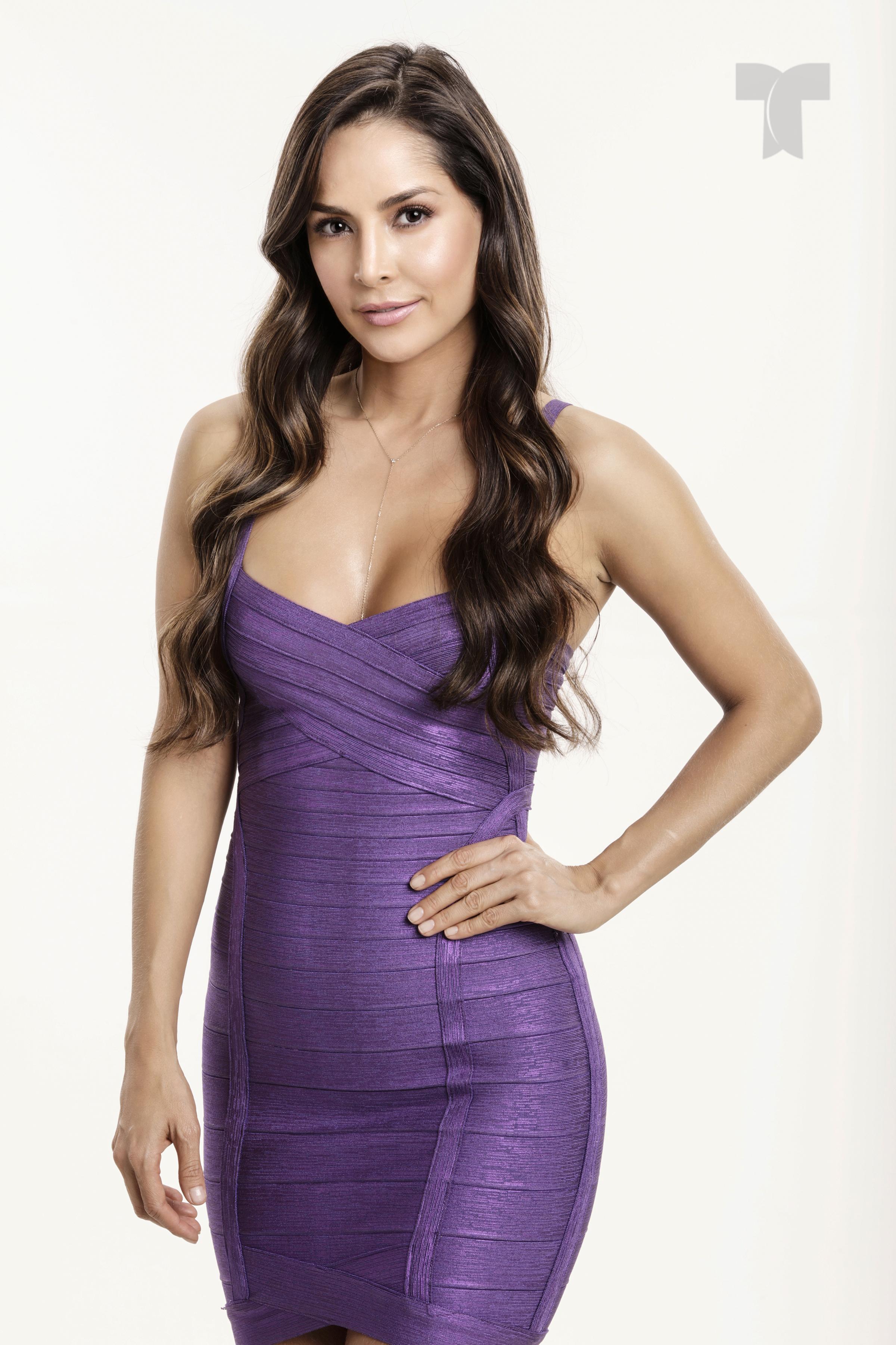 Carmen Villalobos como Catalina Santana_001 copia