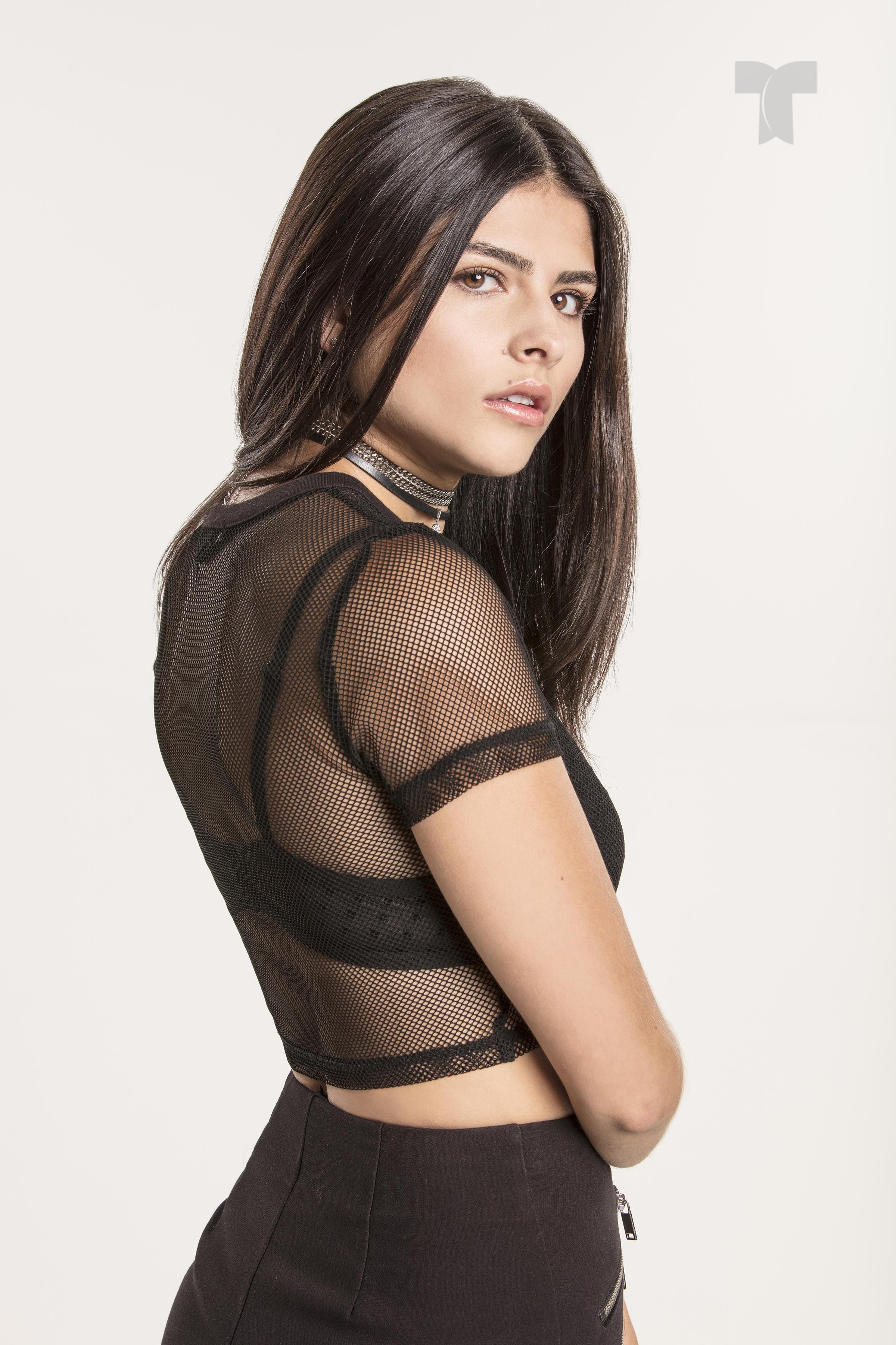 Estefania Duque como Mariana_001 copia