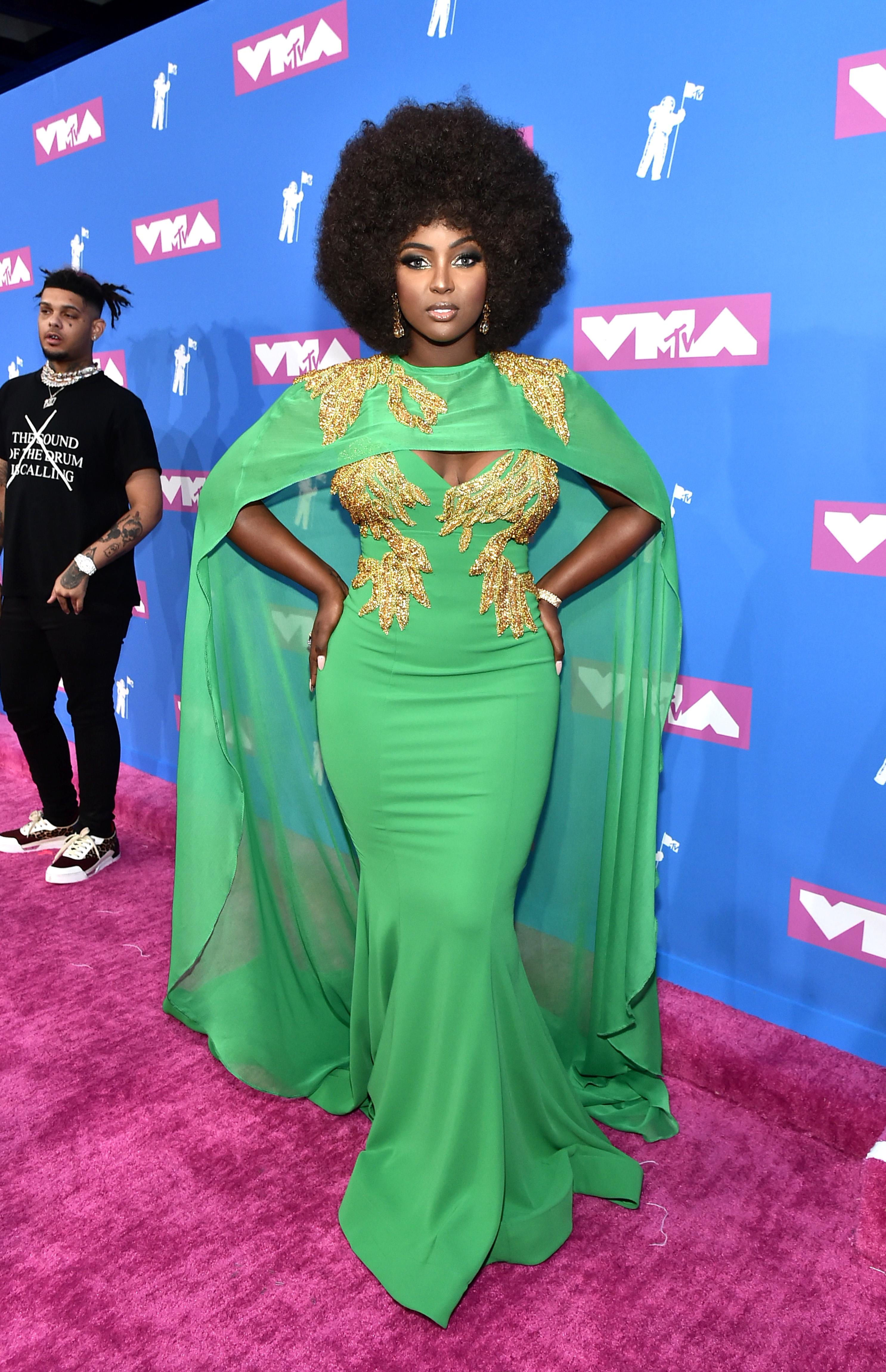 MTV Awards, famosas, estilo, alfombra roja