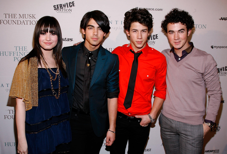 Demi Lovato, Joe Jonas, Nick Jonas, Kevin Jonas