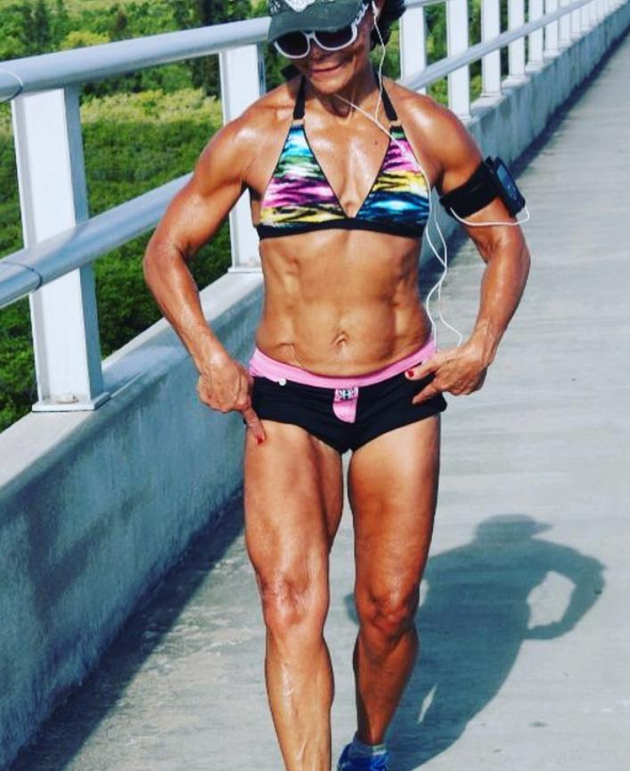 Josefina Monasterio abuela fitness1