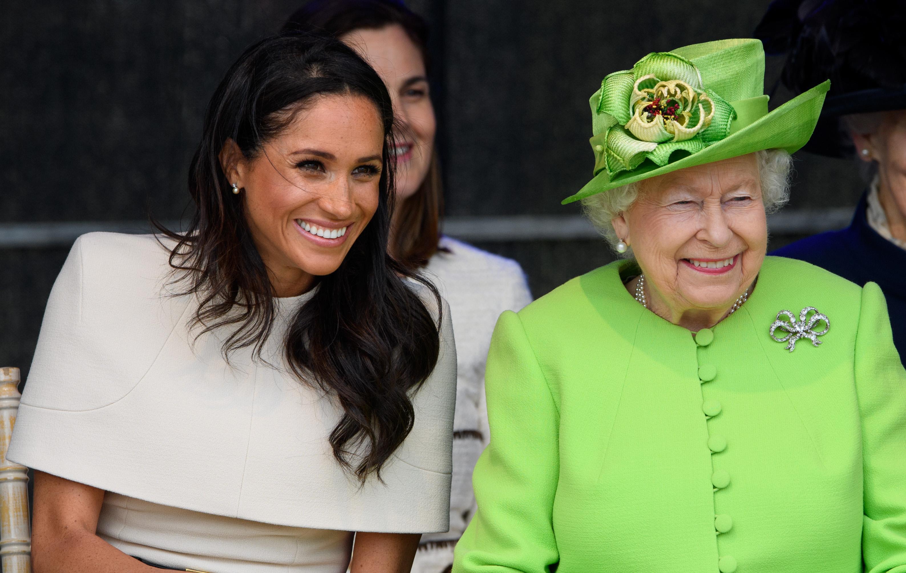 Meghan Markle reina Isabel II