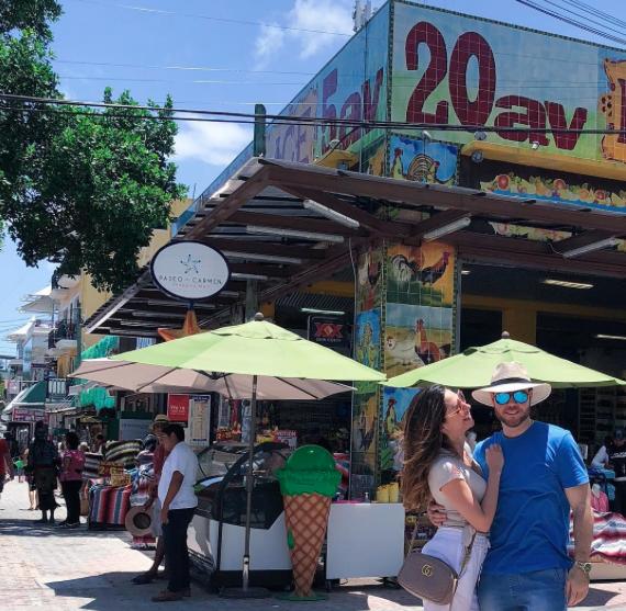 Vacaciones Michelle Galván y esposo en México 2018
