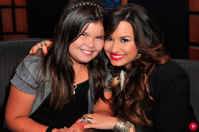 Madison De La Garza and Demi Lovato