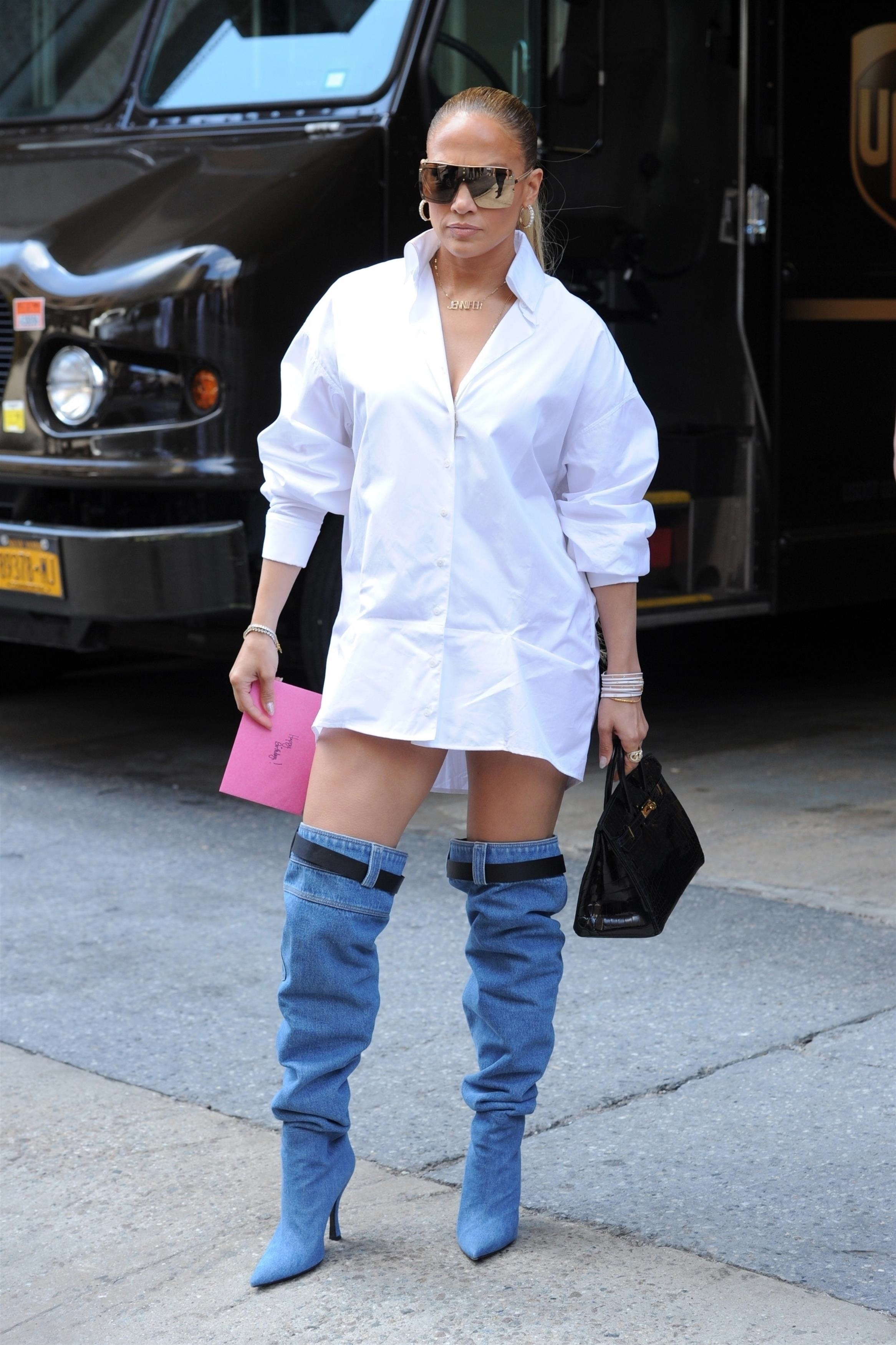 Jennifer lopez, Jlo, look, jeans boots, sexy